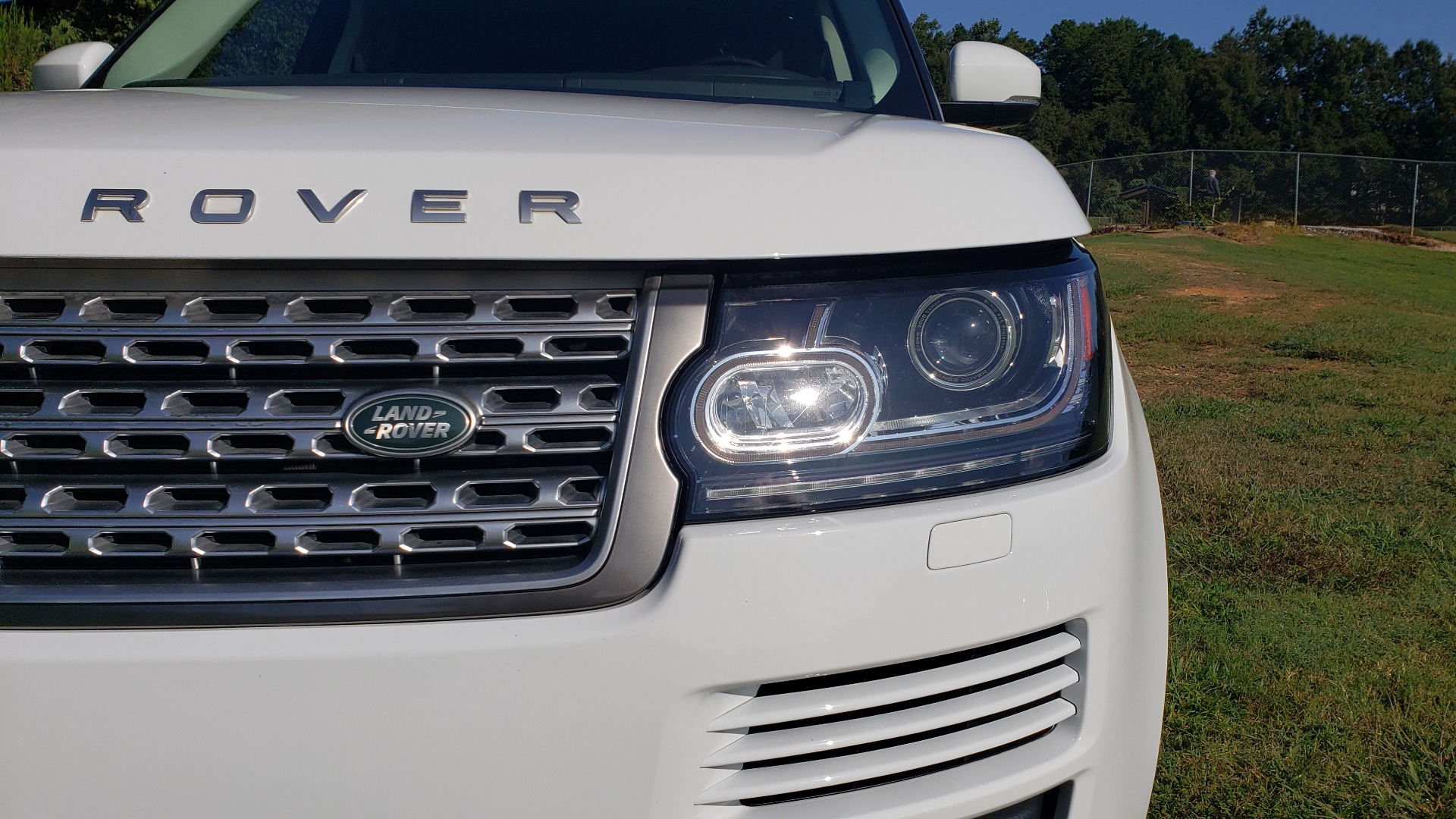 Used 2015 Land Rover Range Rover Supercharged for sale Sold at Formula Imports in Charlotte NC 28227 12