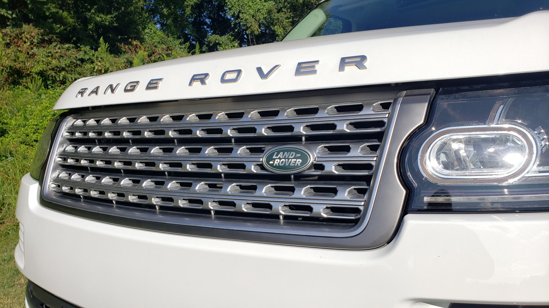 Used 2015 Land Rover Range Rover Supercharged for sale Sold at Formula Imports in Charlotte NC 28227 13