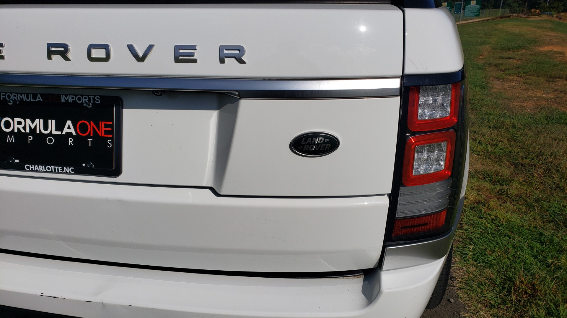 Used 2015 Land Rover Range Rover Supercharged for sale Sold at Formula Imports in Charlotte NC 28227 30