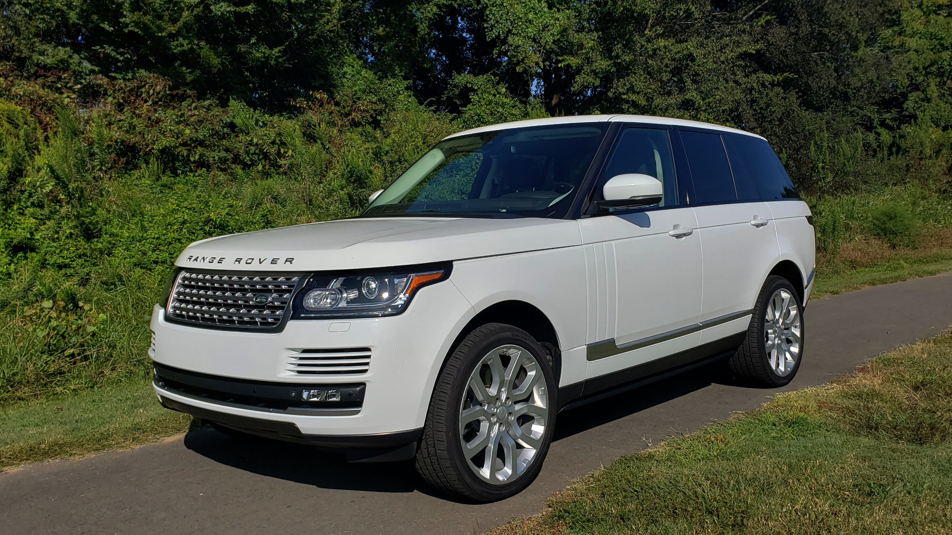 Used 2015 Land Rover Range Rover Supercharged for sale Sold at Formula Imports in Charlotte NC 28227 6