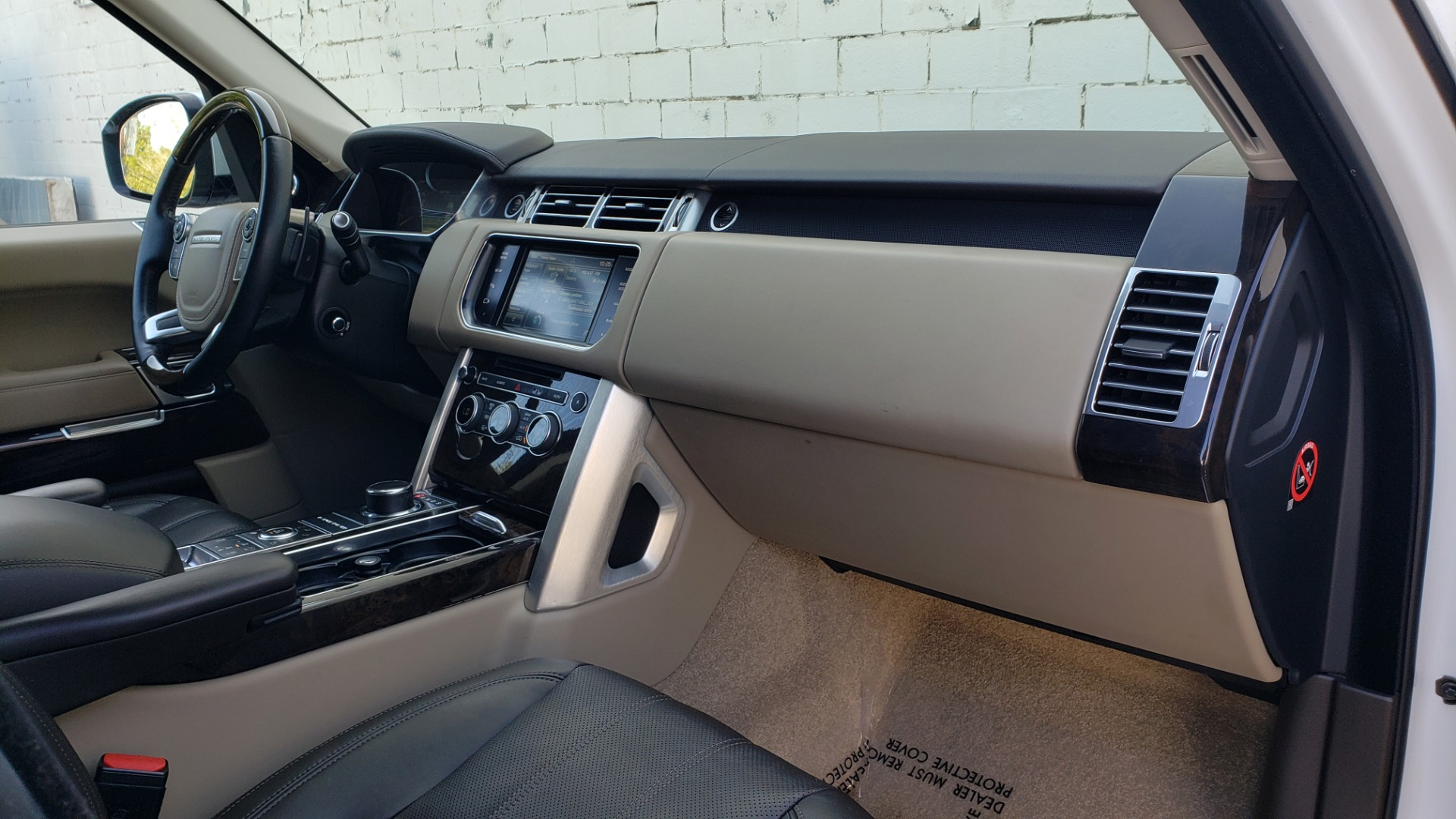 Used 2015 Land Rover Range Rover Supercharged for sale Sold at Formula Imports in Charlotte NC 28227 72