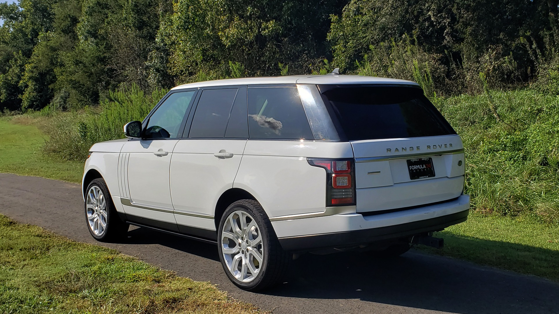 Used 2015 Land Rover Range Rover Supercharged for sale Sold at Formula Imports in Charlotte NC 28227 8