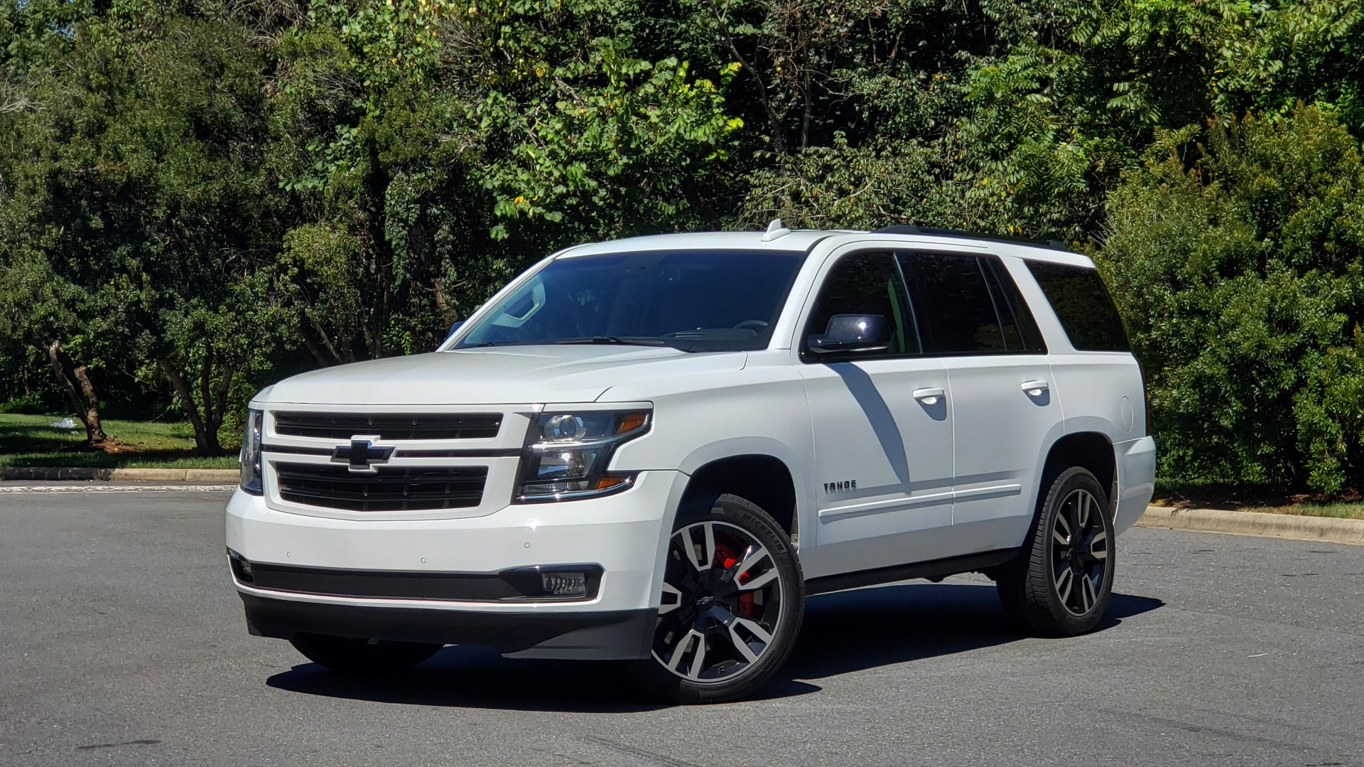 Used 2018 Chevrolet TAHOE PREMIER 4WD / 6.2L V8 / NAV / SUNROOF / ENT / BOSE / 3-ROW / REARVIEW for sale Sold at Formula Imports in Charlotte NC 28227 3