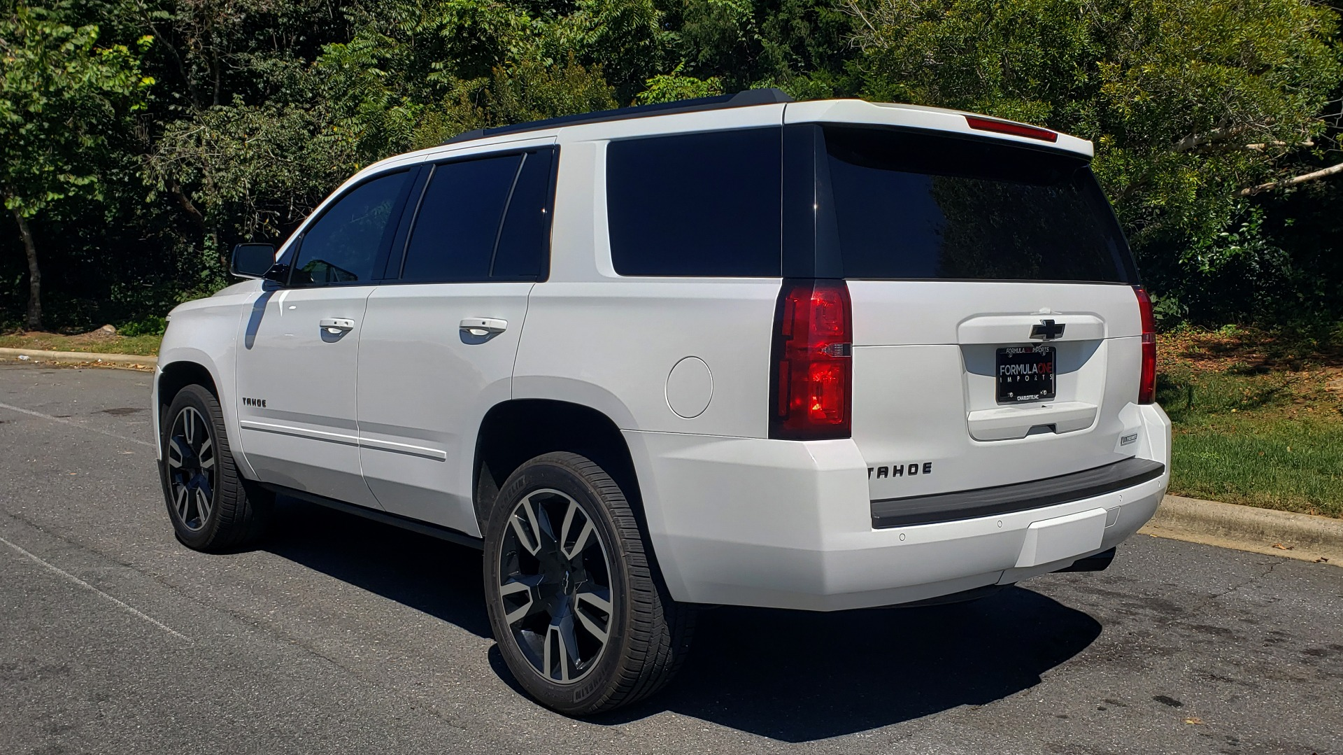 Used 2018 Chevrolet TAHOE PREMIER 4WD / 6.2L V8 / NAV / SUNROOF / ENT / BOSE / 3-ROW / REARVIEW for sale Sold at Formula Imports in Charlotte NC 28227 5