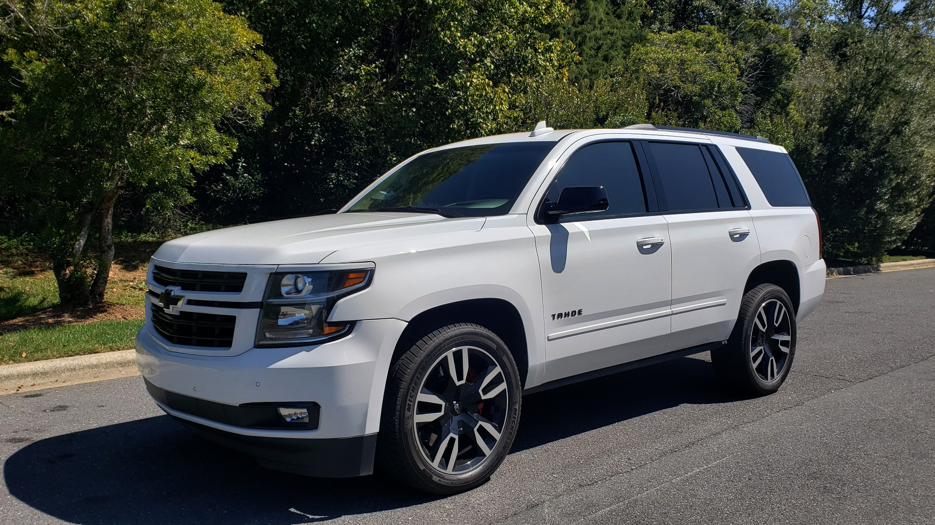 Used 2018 Chevrolet TAHOE PREMIER 4WD / 6.2L V8 / NAV / SUNROOF / ENT / BOSE / 3-ROW / REARVIEW for sale Sold at Formula Imports in Charlotte NC 28227 7