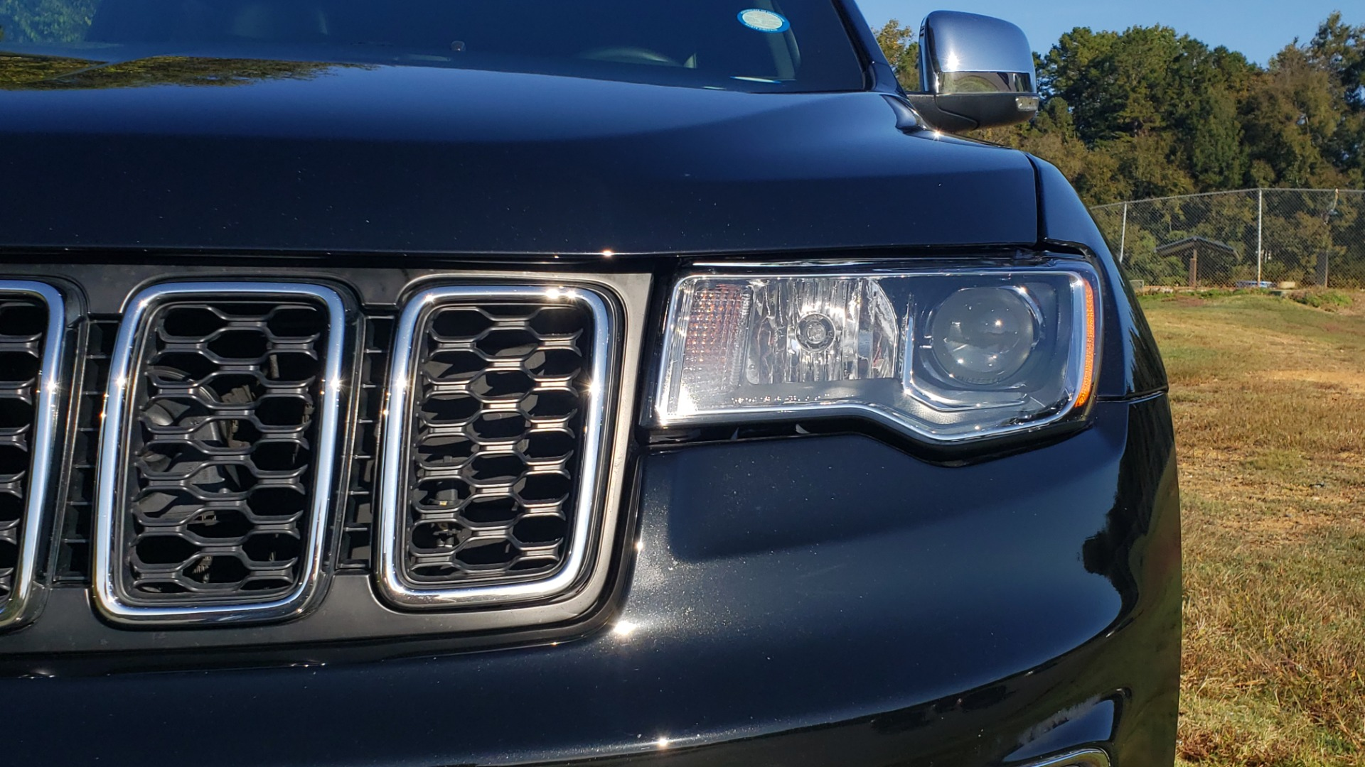 Used 2019 Jeep GRAND CHEROKEE LIMITED 4X4 / NAV / SUNROOF / BLIND SPOT MONITOR / REARVIEW for sale Sold at Formula Imports in Charlotte NC 28227 13