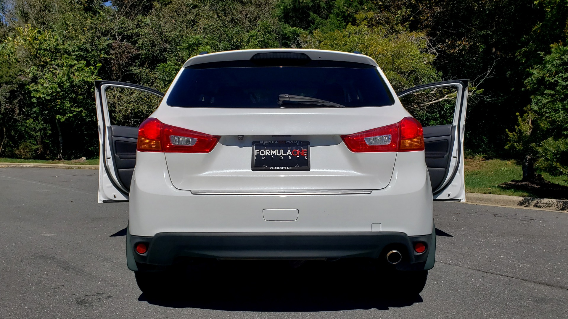 Used 2013 Mitsubishi OUTLANDER SPORT SE / 2WD / 4-DR SUV / CVT TRANS / PREMIUM SOUND / REARVIEW for sale $8,695 at Formula Imports in Charlotte NC 28227 27