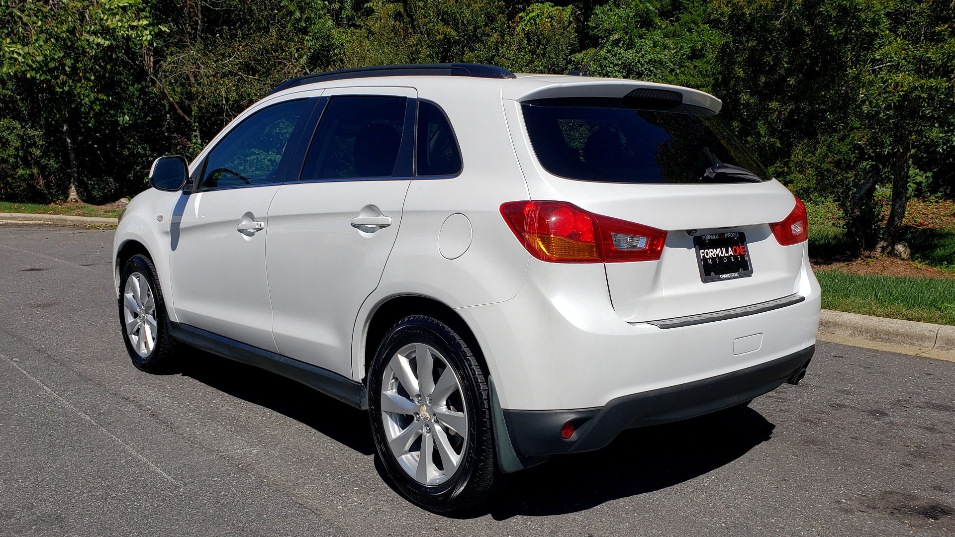 Used 2013 Mitsubishi OUTLANDER SPORT SE / 2WD / 4-DR SUV / CVT TRANS / PREMIUM SOUND / REARVIEW for sale $8,695 at Formula Imports in Charlotte NC 28227 3