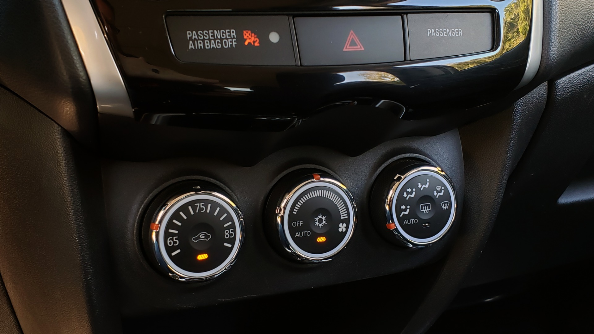 Used 2013 Mitsubishi OUTLANDER SPORT SE / 2WD / 4-DR SUV / CVT TRANS / PREMIUM SOUND / REARVIEW for sale $8,695 at Formula Imports in Charlotte NC 28227 46