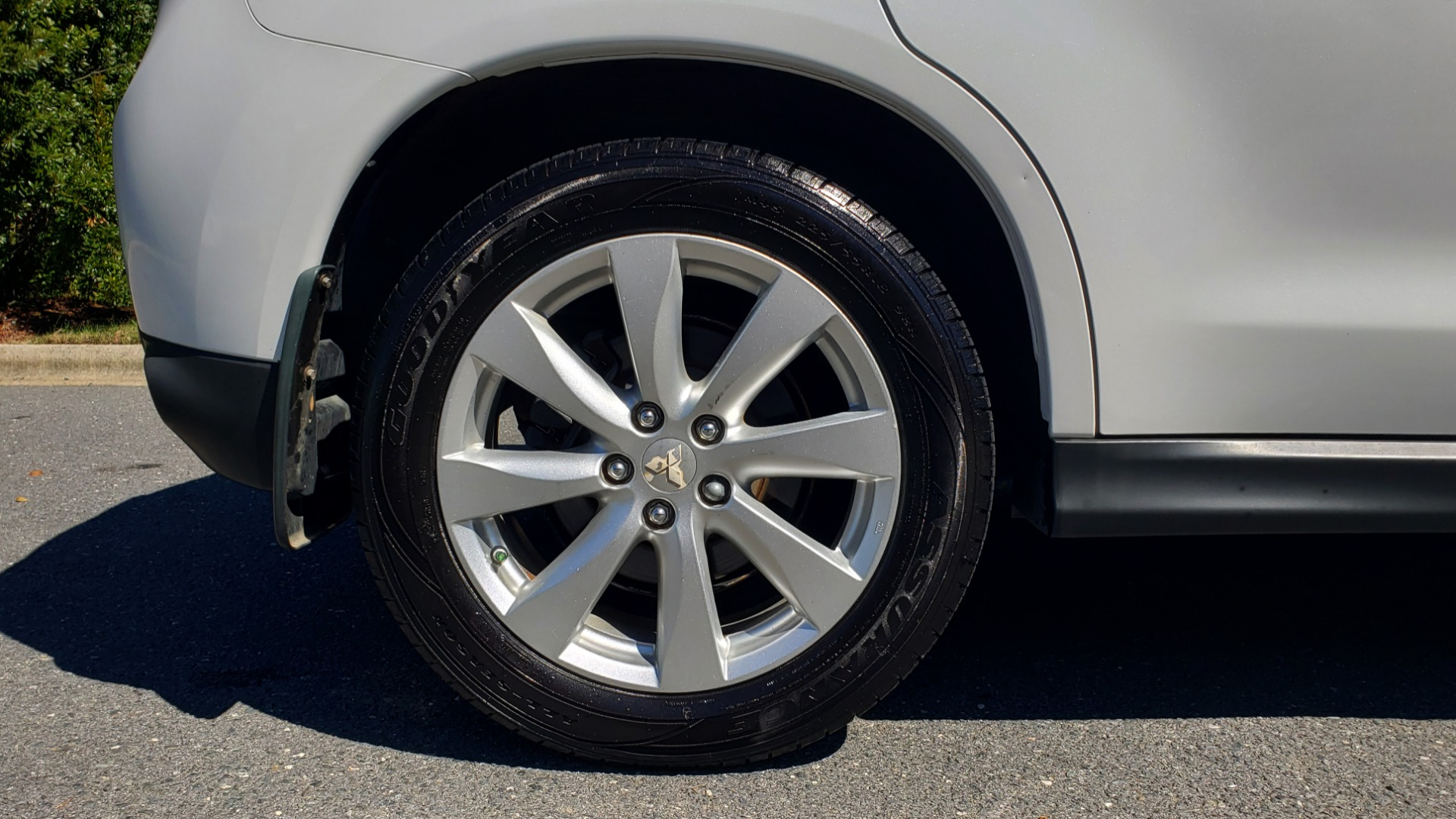 Used 2013 Mitsubishi OUTLANDER SPORT SE / 2WD / 4-DR SUV / CVT TRANS / PREMIUM SOUND / REARVIEW for sale $8,695 at Formula Imports in Charlotte NC 28227 74