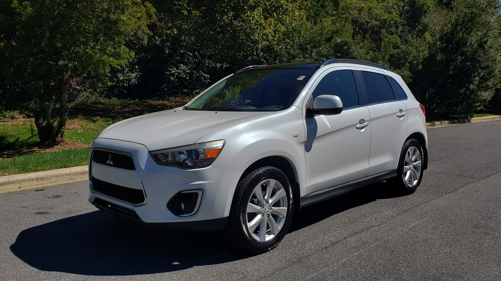 Used 2013 Mitsubishi OUTLANDER SPORT SE / 2WD / 4-DR SUV / CVT TRANS / PREMIUM SOUND / REARVIEW for sale Sold at Formula Imports in Charlotte NC 28227 1