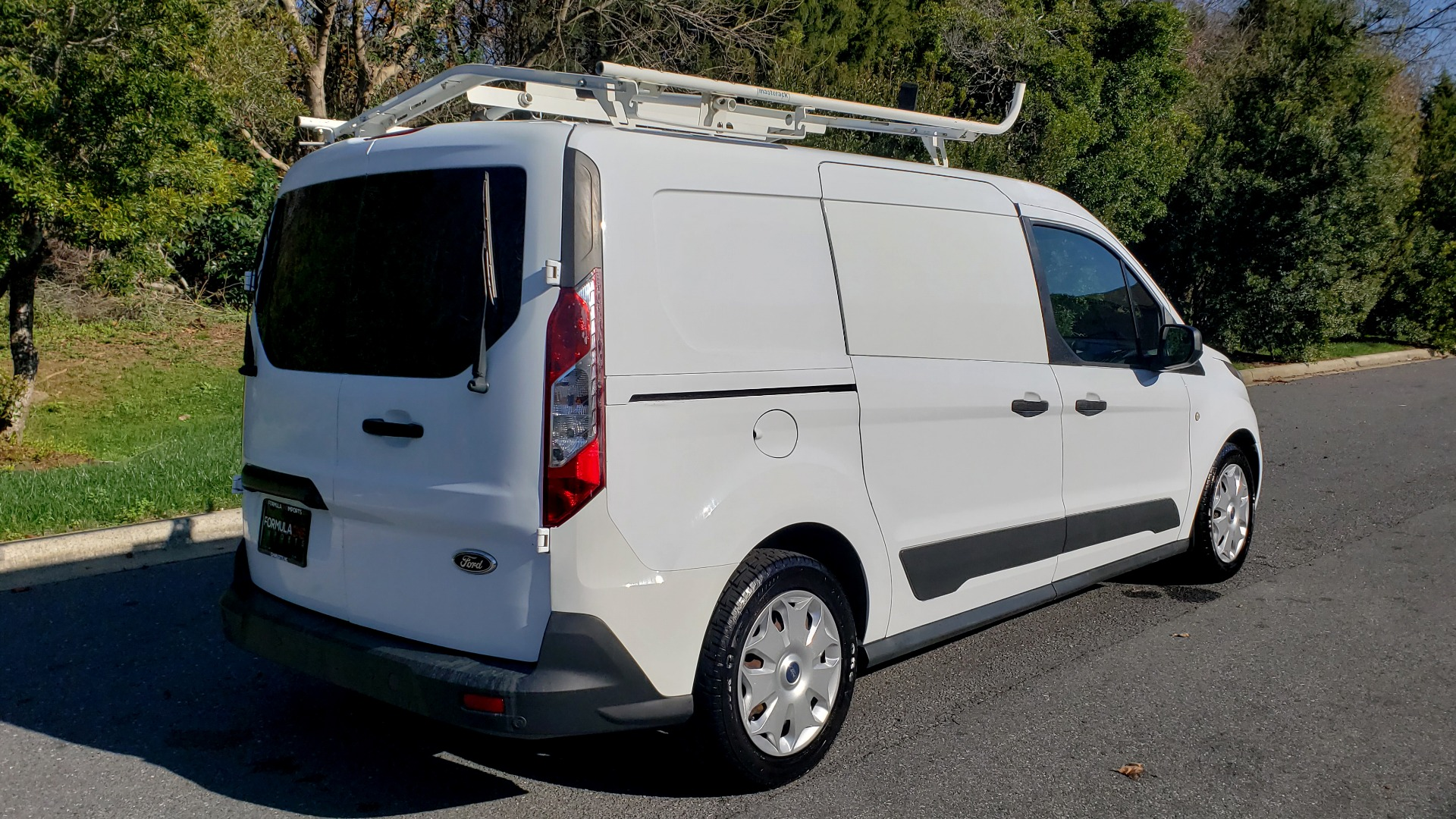 Used 2015 Ford TRANSIT CONNECT XLT CARGO VAN / 121-IN WB / 2.5L 4-CYL / AUTO / REARVIEW / WORK VAN for sale $10,995 at Formula Imports in Charlotte NC 28227 4