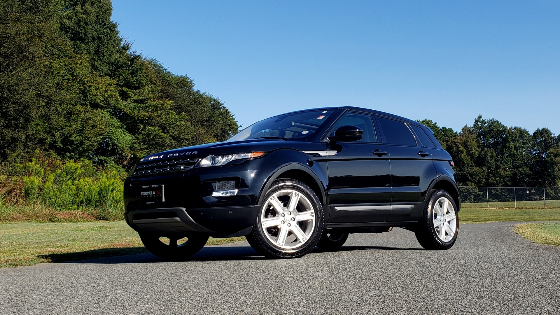 Used 2015 Land Rover RANGE ROVER EVOQUE PURE PREMIUM / PURE PLUS / CLIMATE COMFORT / REARVIEW for sale Sold at Formula Imports in Charlotte NC 28227 3