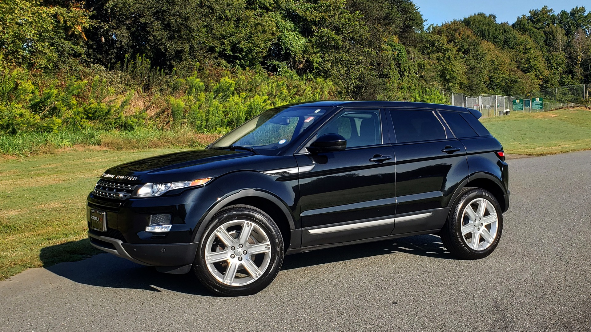 Used 2015 Land Rover RANGE ROVER EVOQUE PURE PREMIUM / PURE PLUS / CLIMATE COMFORT / REARVIEW for sale Sold at Formula Imports in Charlotte NC 28227 5