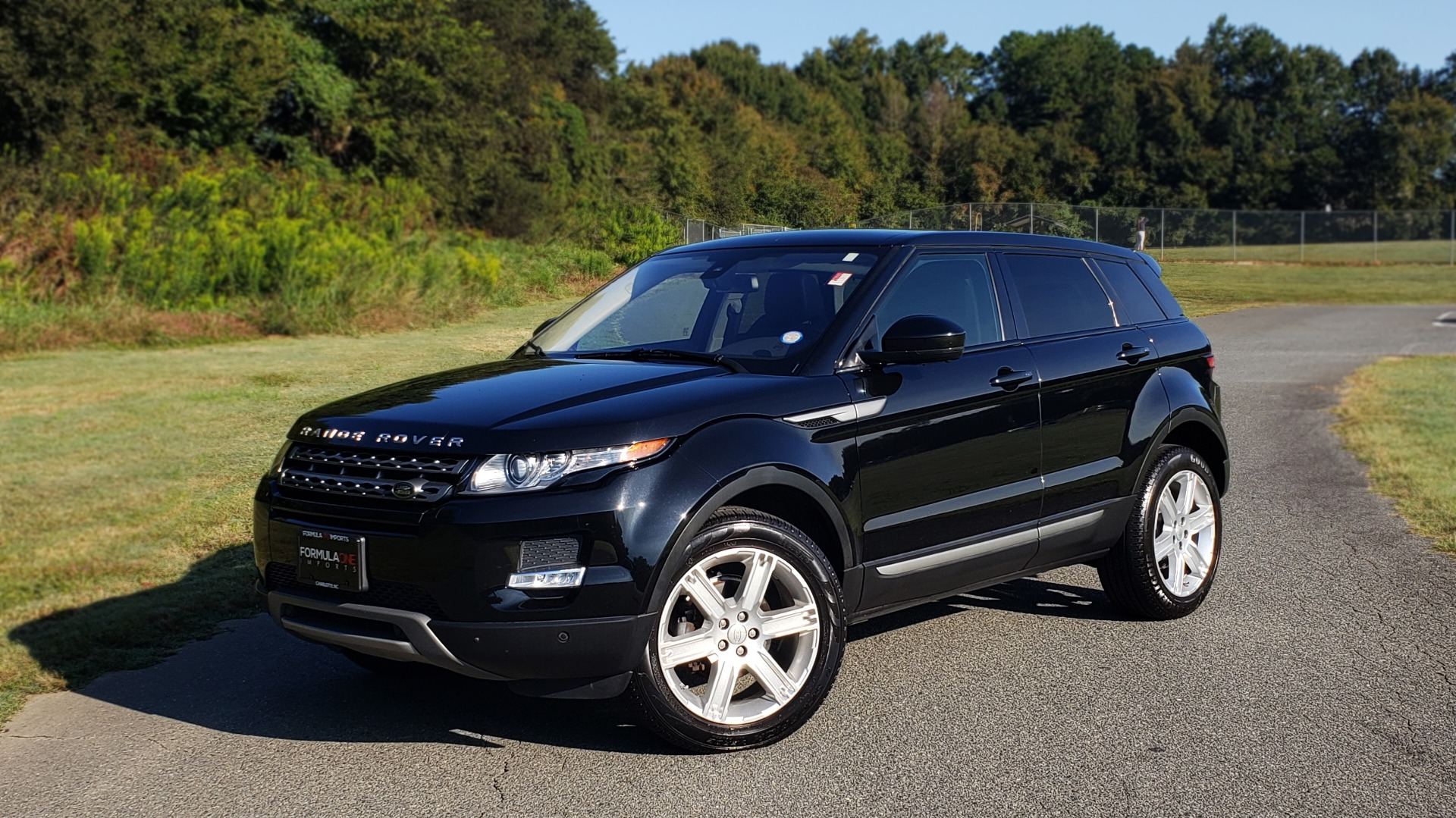 Used 2015 Land Rover RANGE ROVER EVOQUE PURE PREMIUM / PURE PLUS / CLIMATE COMFORT / REARVIEW for sale Sold at Formula Imports in Charlotte NC 28227 1