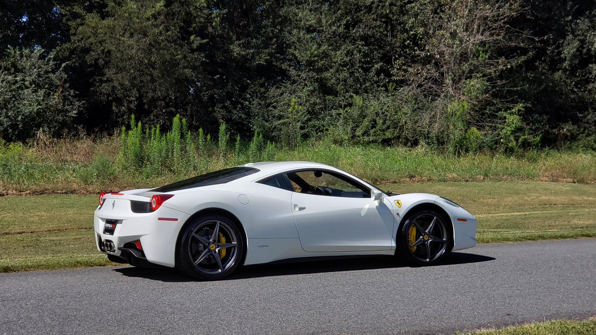 Used 2012 Ferrari 458 ITALIA COUPE / 4.5L V8 / 7-SPEED AUTO / LOW MILES SUPER CLEAN for sale $169,999 at Formula Imports in Charlotte NC 28227 13