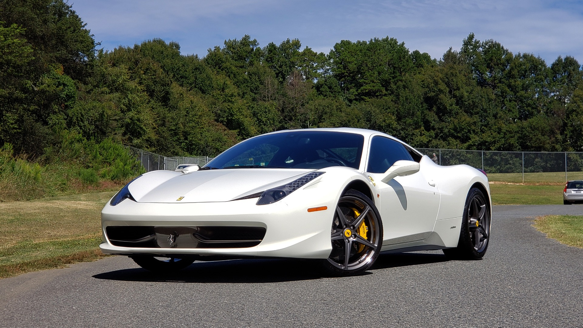 Used 2012 Ferrari 458 ITALIA COUPE / 4.5L V8 / 7-SPEED AUTO / LOW MILES SUPER CLEAN for sale $169,999 at Formula Imports in Charlotte NC 28227 4