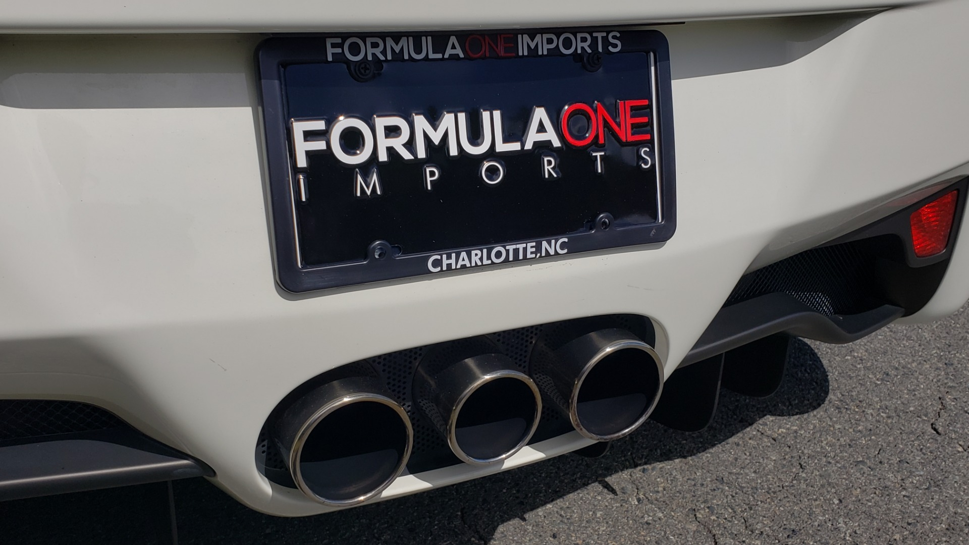 Used 2012 Ferrari 458 ITALIA COUPE / 4.5L V8 / 7-SPEED AUTO / LOW MILES SUPER CLEAN for sale Sold at Formula Imports in Charlotte NC 28227 52