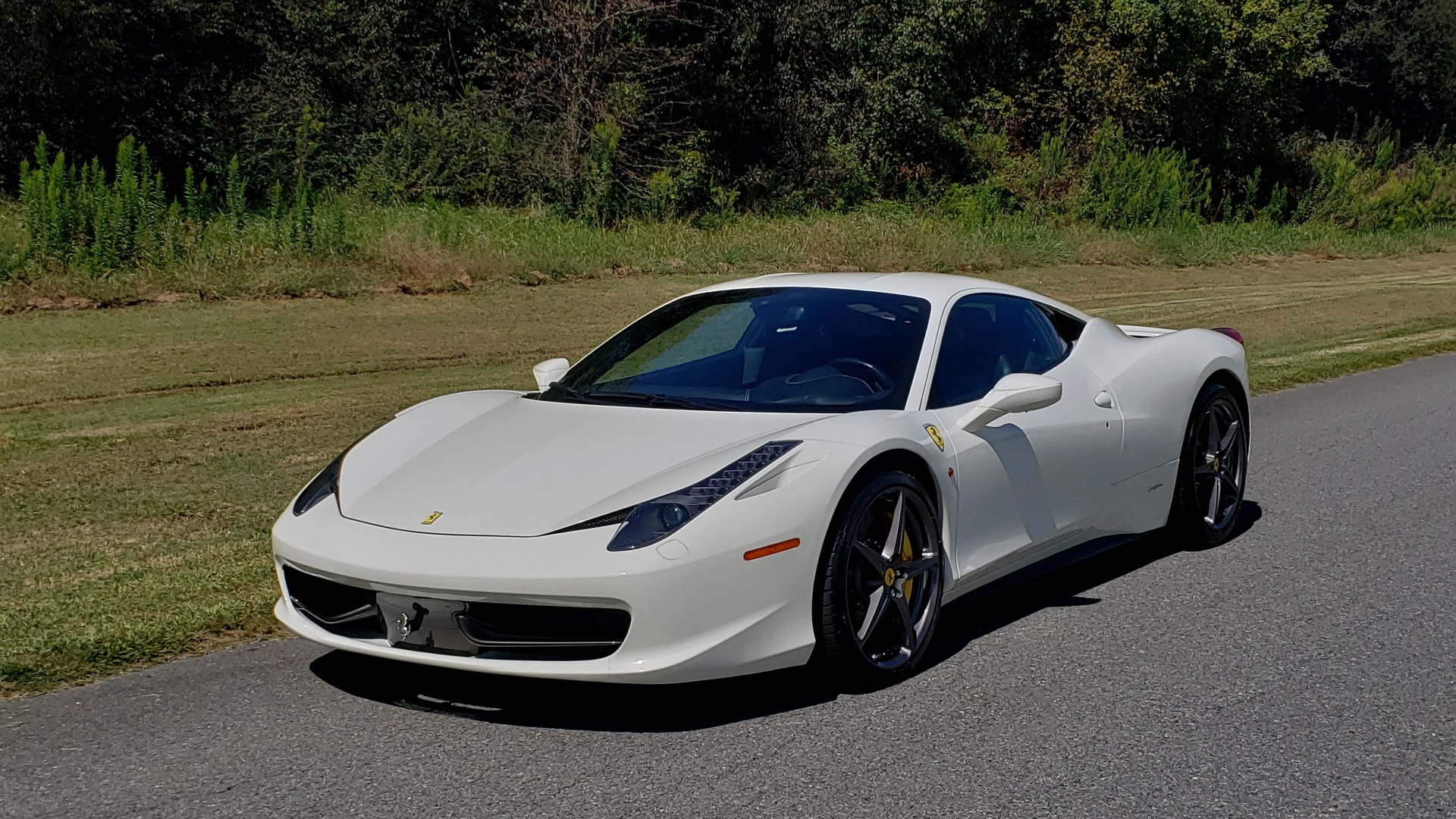 Used 2012 Ferrari 458 ITALIA COUPE / 4.5L V8 / 7-SPEED AUTO / LOW MILES SUPER CLEAN for sale $169,999 at Formula Imports in Charlotte NC 28227 8
