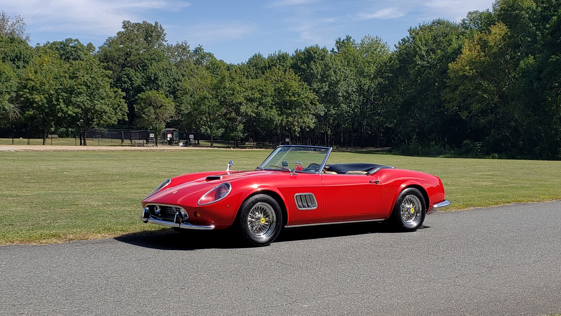 Used 1961 Ferrari 250GT SWB CALIFORNIA REPLICA / 302CI V8 / TREMEC 5-SPEED for sale Sold at Formula Imports in Charlotte NC 28227 14