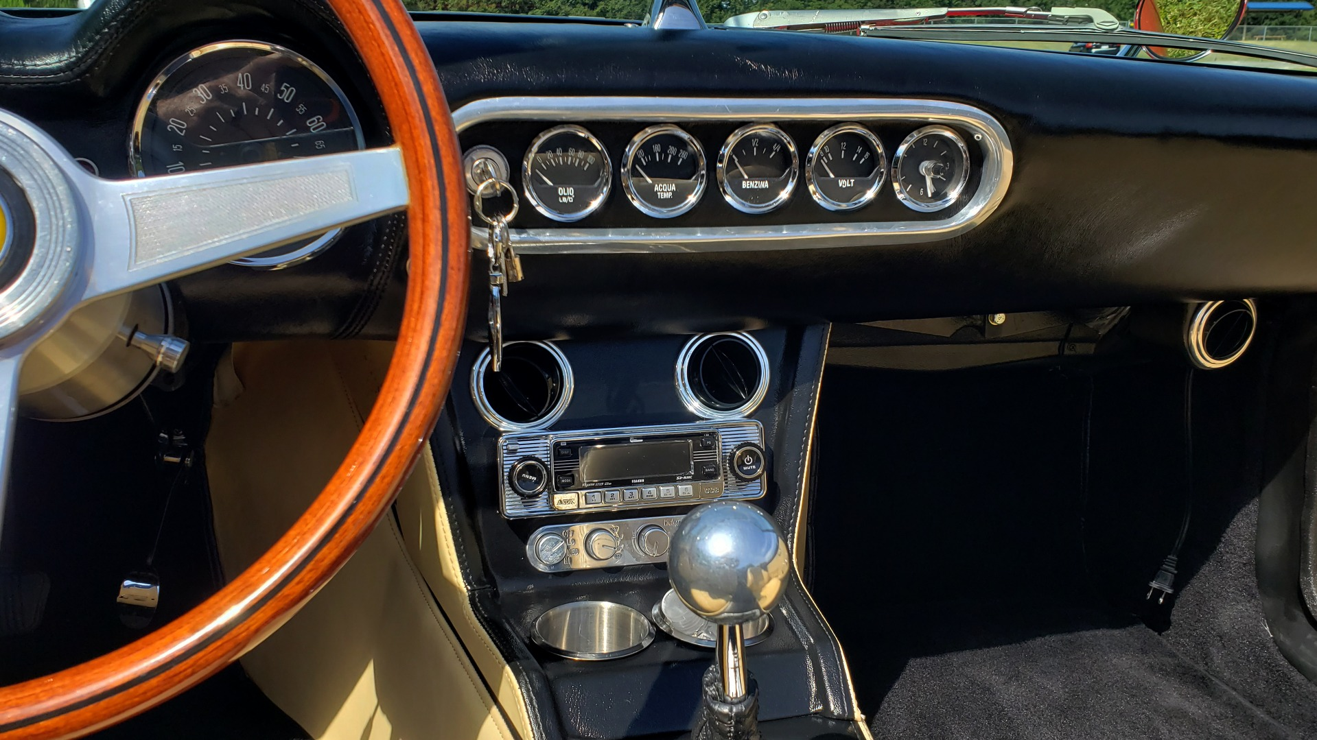 Used 1961 Ferrari 250GT SWB CALIFORNIA REPLICA / 302CI V8 / TREMEC 5-SPEED for sale Sold at Formula Imports in Charlotte NC 28227 22