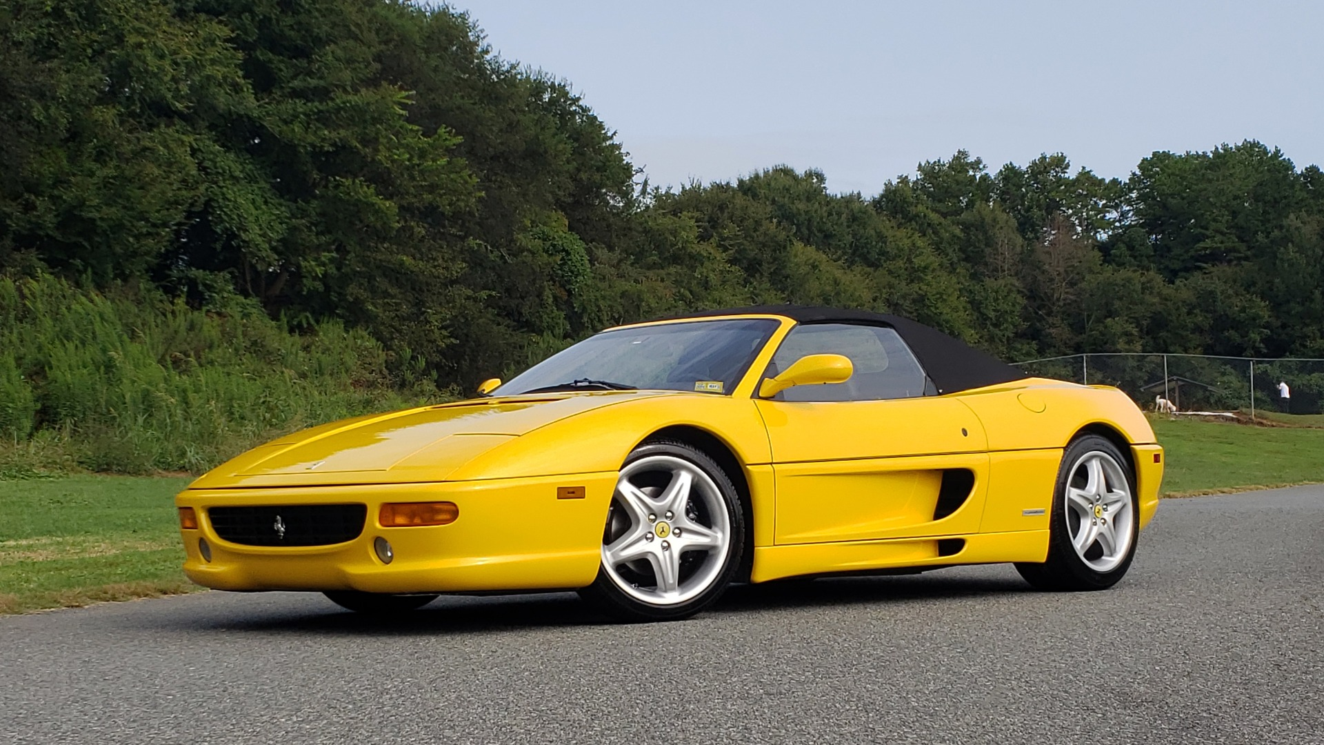 Used 1996 Ferrari F355 SPIDER / GATED 6-SPEED MANUAL / LOW MILES / NEW TIRES for sale $95,999 at Formula Imports in Charlotte NC 28227 2