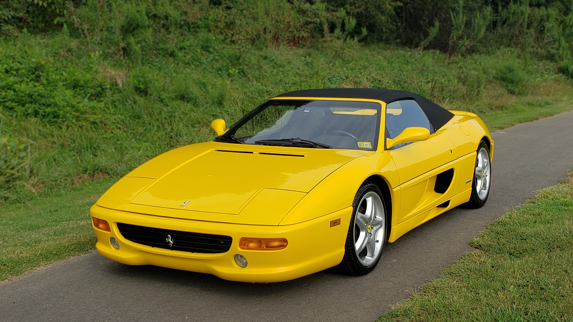 Used 1996 Ferrari F355 SPIDER / GATED 6-SPEED MANUAL / LOW MILES / NEW TIRES for sale $95,999 at Formula Imports in Charlotte NC 28227 6