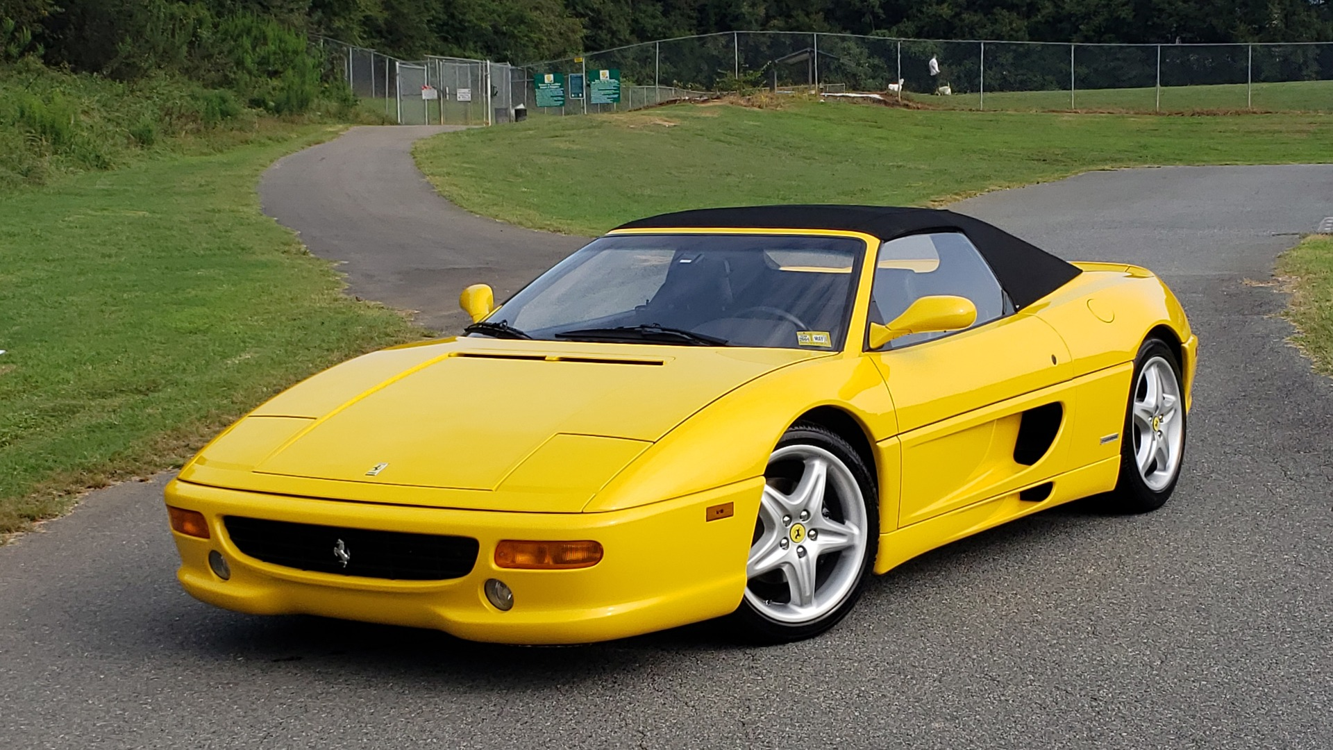 Used 1996 Ferrari F355 SPIDER / GATED 6-SPEED MANUAL / LOW MILES / NEW TIRES for sale $95,999 at Formula Imports in Charlotte NC 28227 1