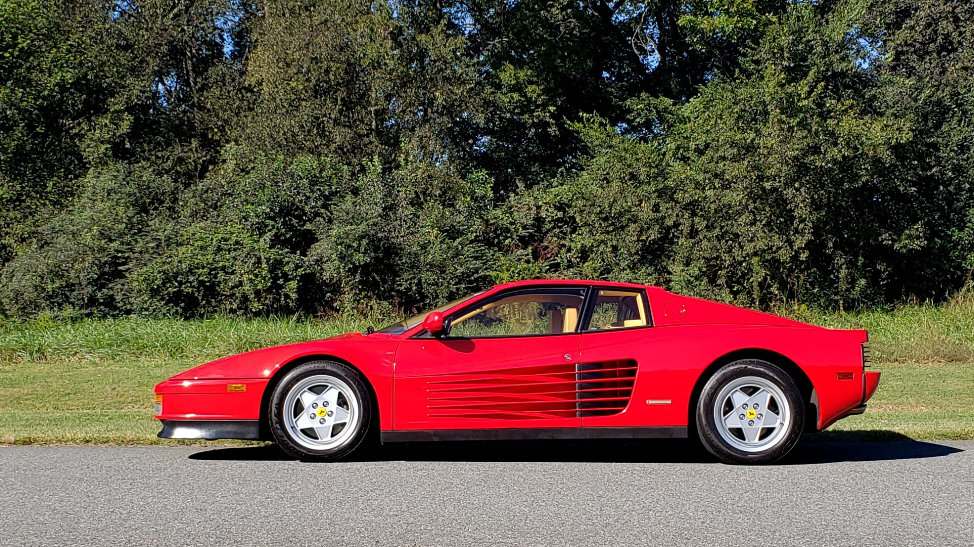 Used 1988 Ferrari TESTAROSSA COUPE / 4.9L FLAT-12 / 5-SPEED MANUAL / LOW MILES SUPER CLEAN for sale $128,999 at Formula Imports in Charlotte NC 28227 3