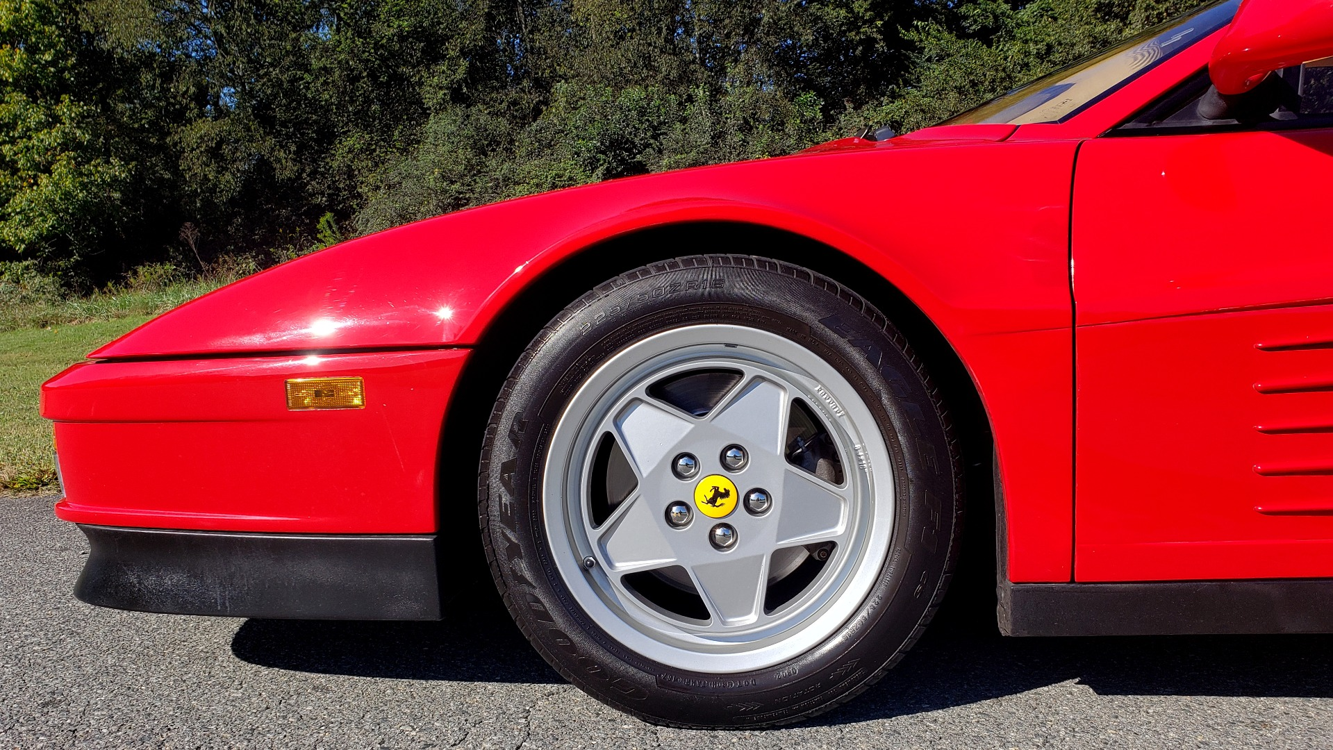 Used 1988 Ferrari TESTAROSSA COUPE / 4.9L FLAT-12 / 5-SPEED MANUAL / LOW MILES SUPER CLEAN for sale $128,999 at Formula Imports in Charlotte NC 28227 58
