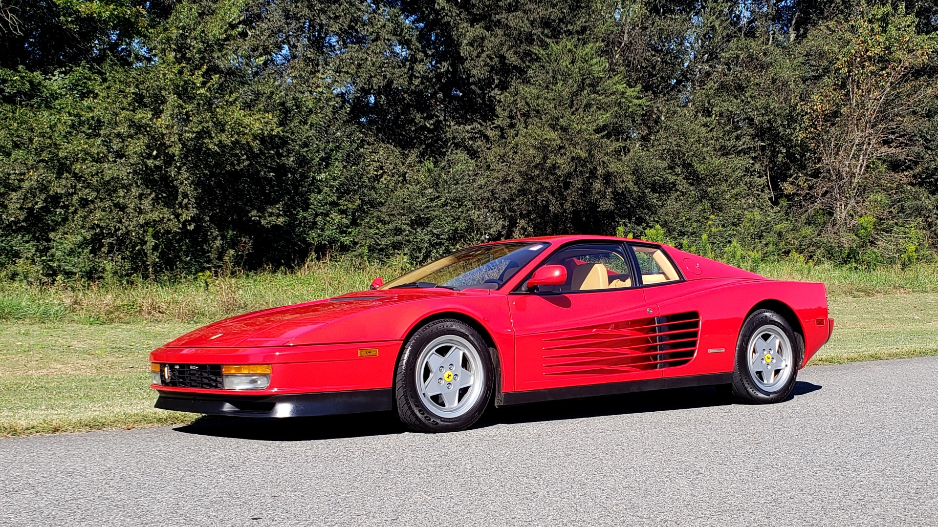 Used 1988 Ferrari TESTAROSSA COUPE / 4.9L FLAT-12 / 5-SPEED MANUAL / LOW MILES SUPER CLEAN for sale $128,999 at Formula Imports in Charlotte NC 28227 6