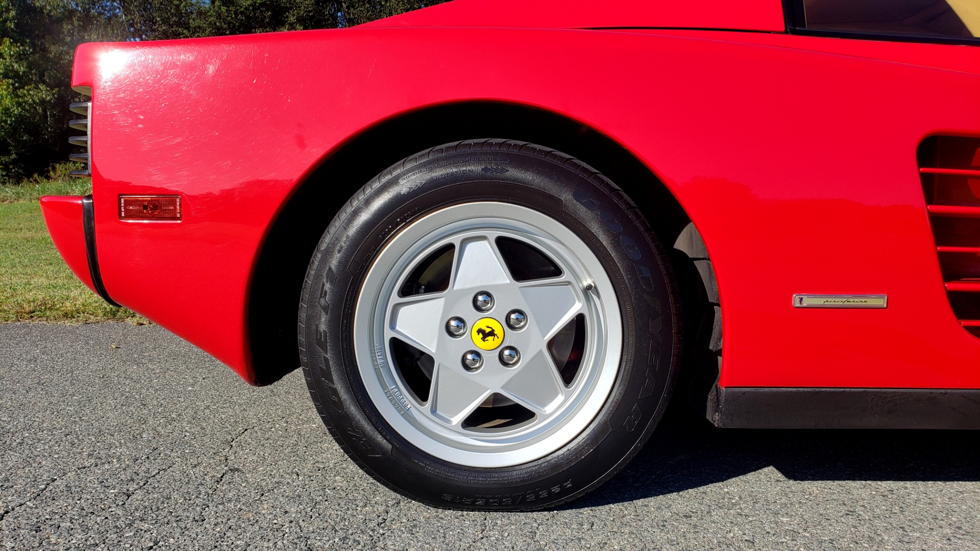 Used 1988 Ferrari TESTAROSSA COUPE / 4.9L FLAT-12 / 5-SPEED MANUAL / LOW MILES SUPER CLEAN for sale $128,999 at Formula Imports in Charlotte NC 28227 60