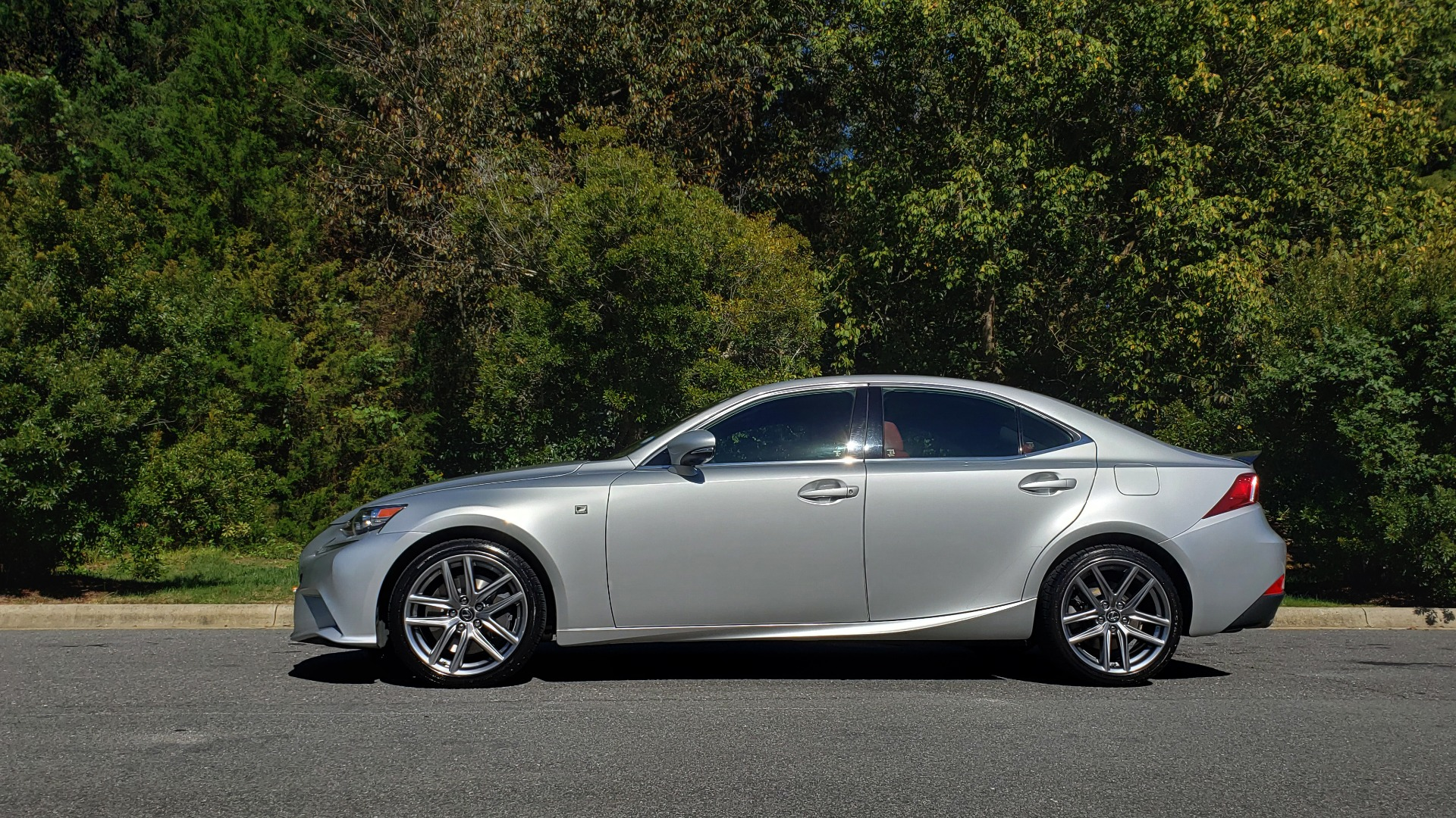 Used 2015 Lexus IS 350 F-SPORT / AWD / NAV / SUNROOF / BSM / REARVIEW for sale Sold at Formula Imports in Charlotte NC 28227 2