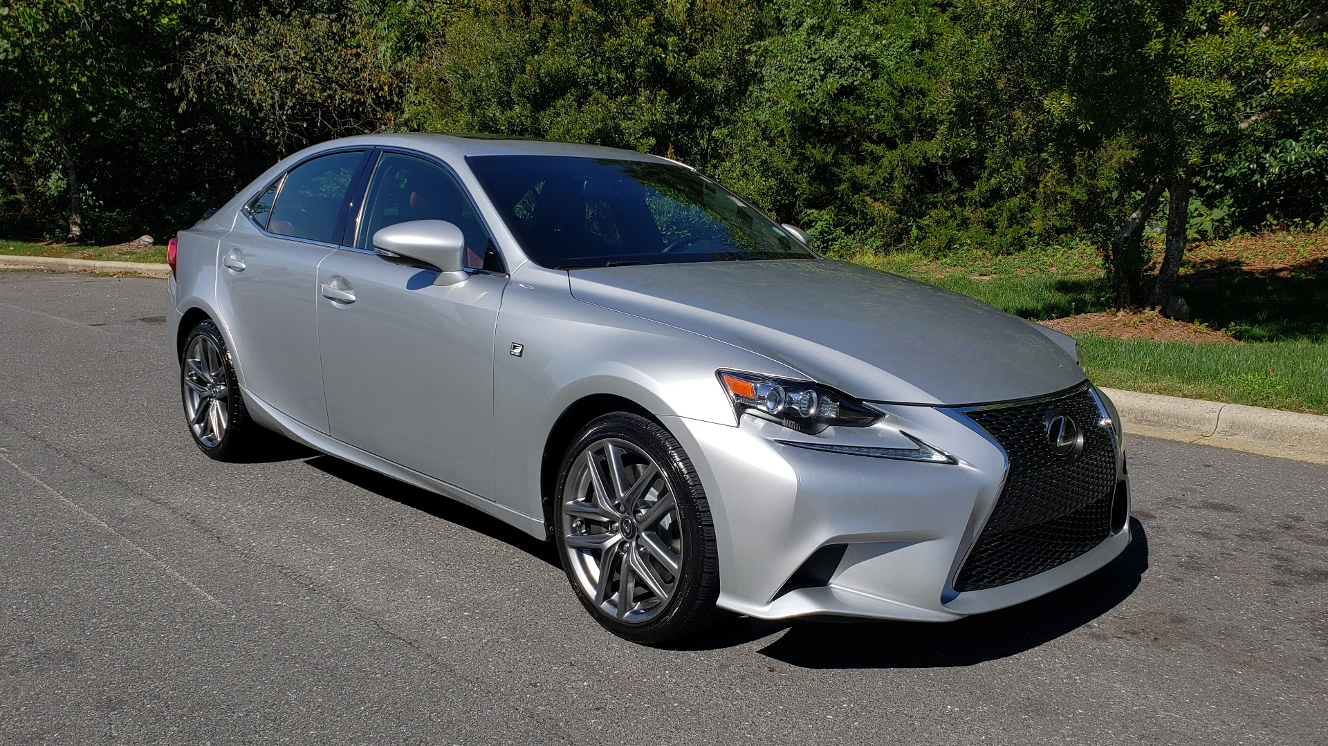 Used 2015 Lexus IS 350 F-SPORT / AWD / NAV / SUNROOF / BSM / REARVIEW for sale Sold at Formula Imports in Charlotte NC 28227 4