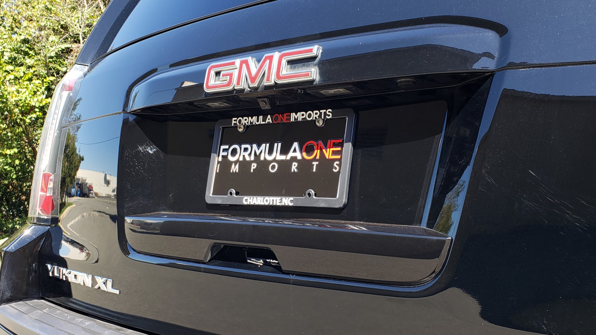 Used 2016 GMC YUKON XL SLT / NAV / BOSE / 3-ROWS - SEATS 8 / REARVIEW for sale Sold at Formula Imports in Charlotte NC 28227 34
