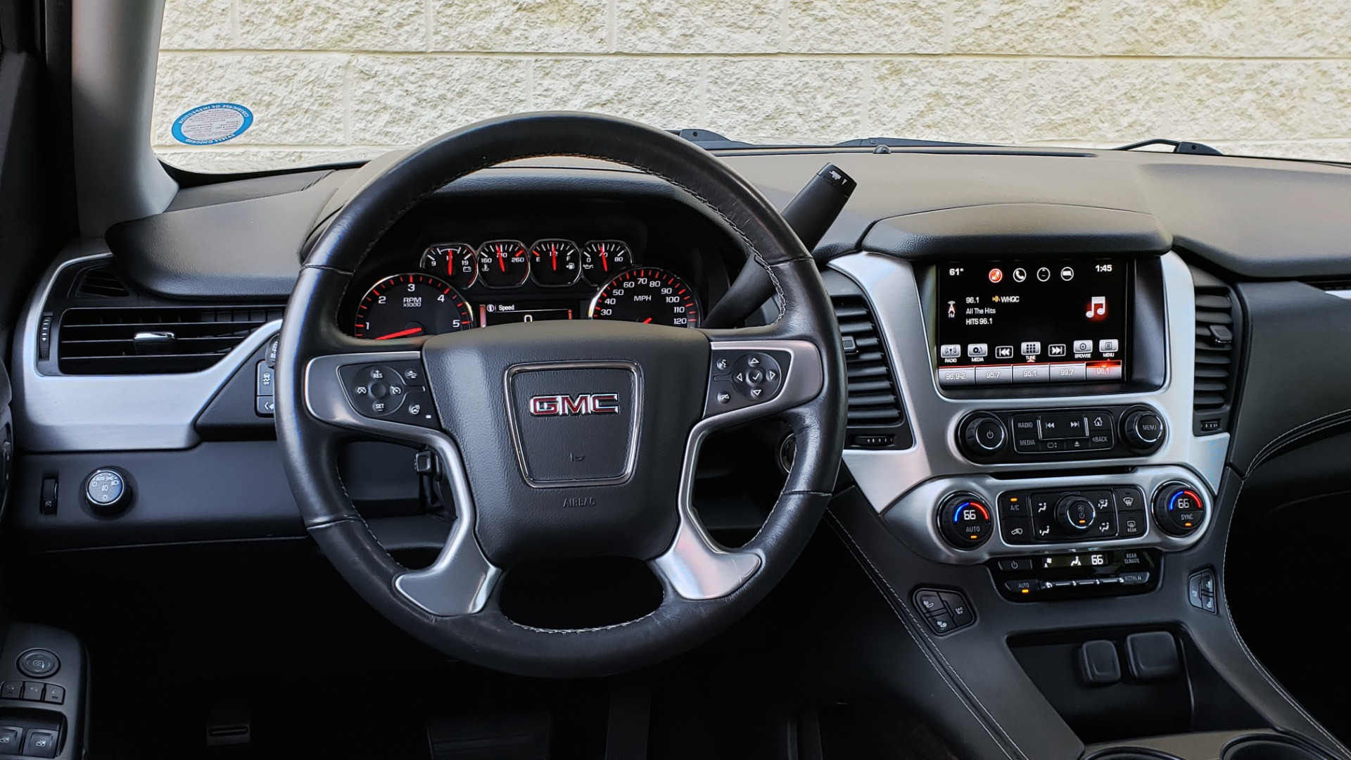 Used 2016 GMC YUKON XL SLT / NAV / BOSE / 3-ROWS - SEATS 8 / REARVIEW for sale Sold at Formula Imports in Charlotte NC 28227 44