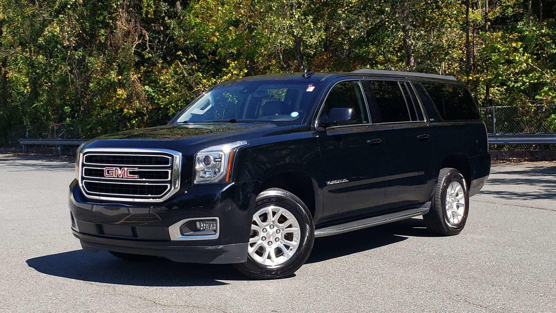 Used 2016 GMC YUKON XL SLT / NAV / BOSE / 3-ROWS - SEATS 8 / REARVIEW for sale Sold at Formula Imports in Charlotte NC 28227 1