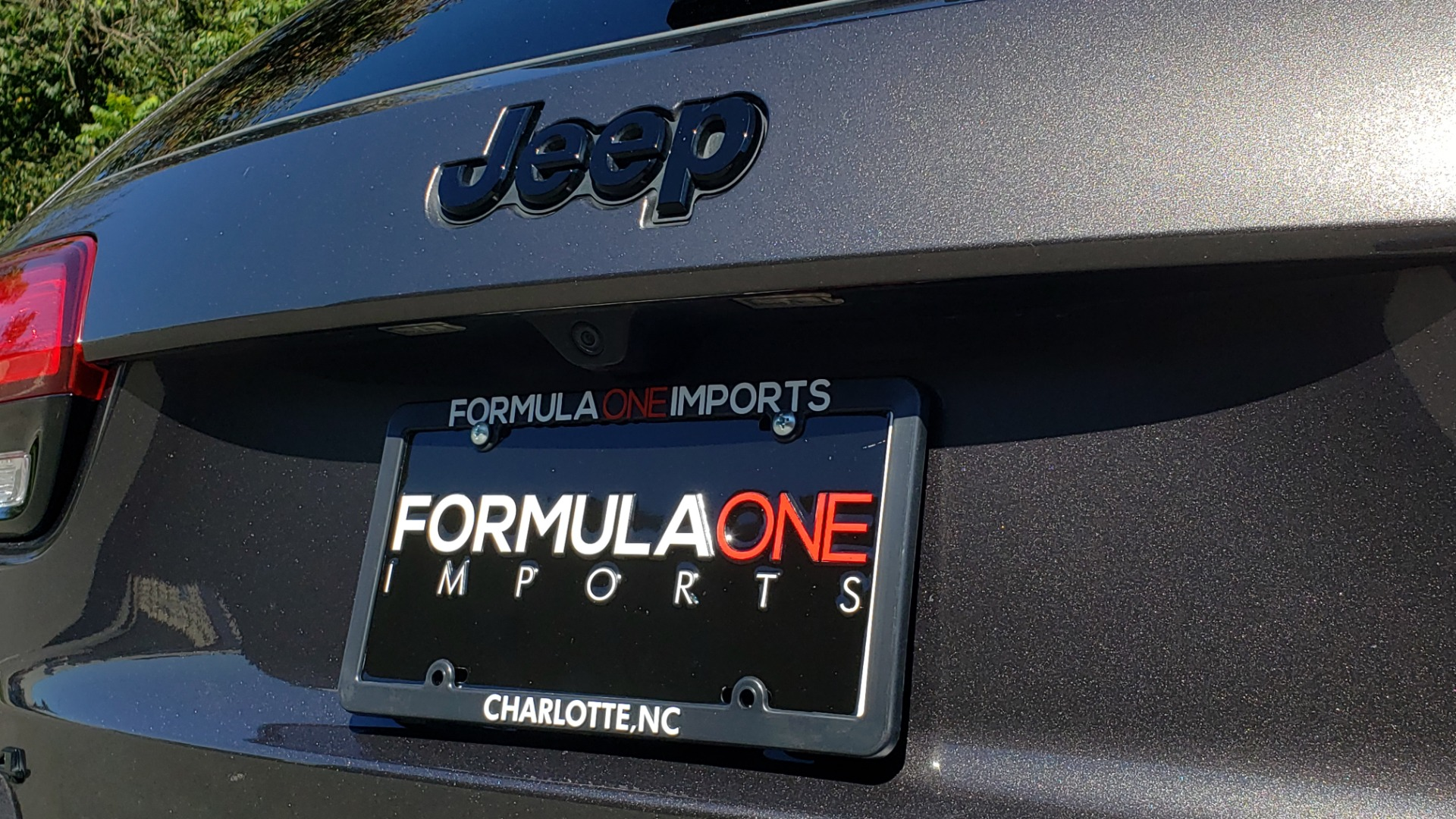 Used 2019 Jeep GRAND CHEROKEE ALTITUDE 4X4 / NAV / WIFI / SUNROOF / REARVIEW for sale $34,995 at Formula Imports in Charlotte NC 28227 35