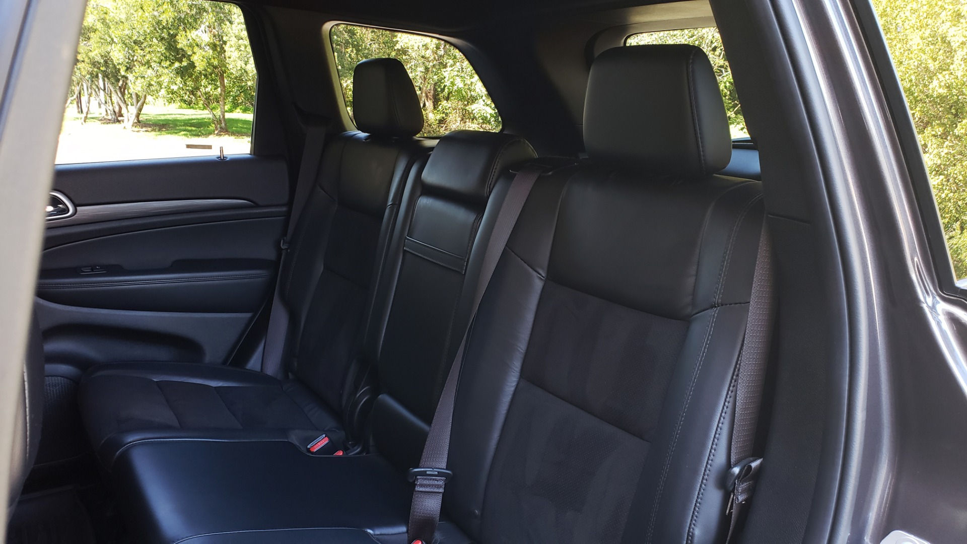 Used 2019 Jeep GRAND CHEROKEE ALTITUDE 4X4 / NAV / WIFI / SUNROOF / REARVIEW for sale $34,995 at Formula Imports in Charlotte NC 28227 65