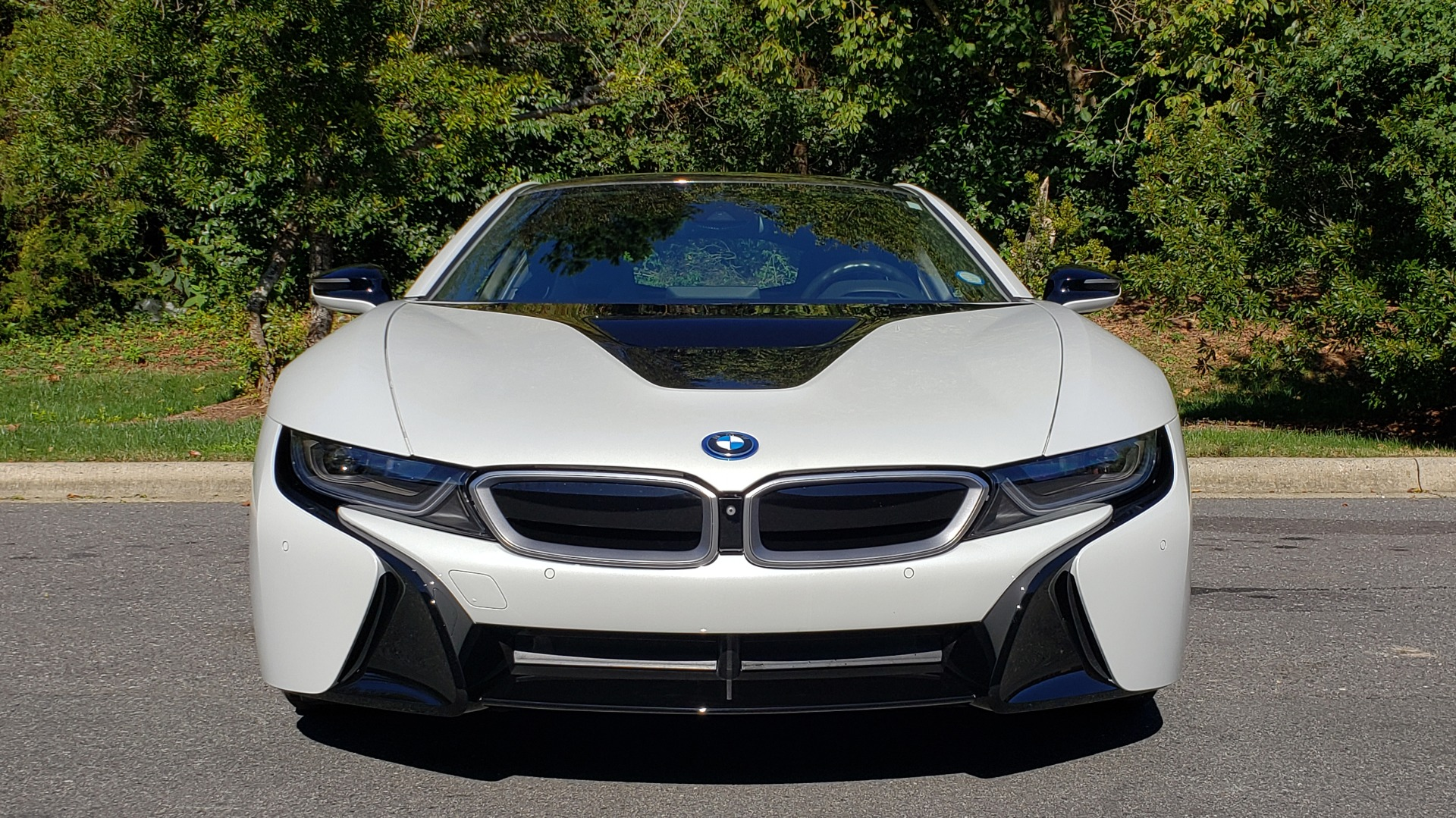 Used 2014 BMW i8 COUPE / TERA WORLD / NAV / CARBON FIBER ROOF / REARVIEW for sale Sold at Formula Imports in Charlotte NC 28227 12