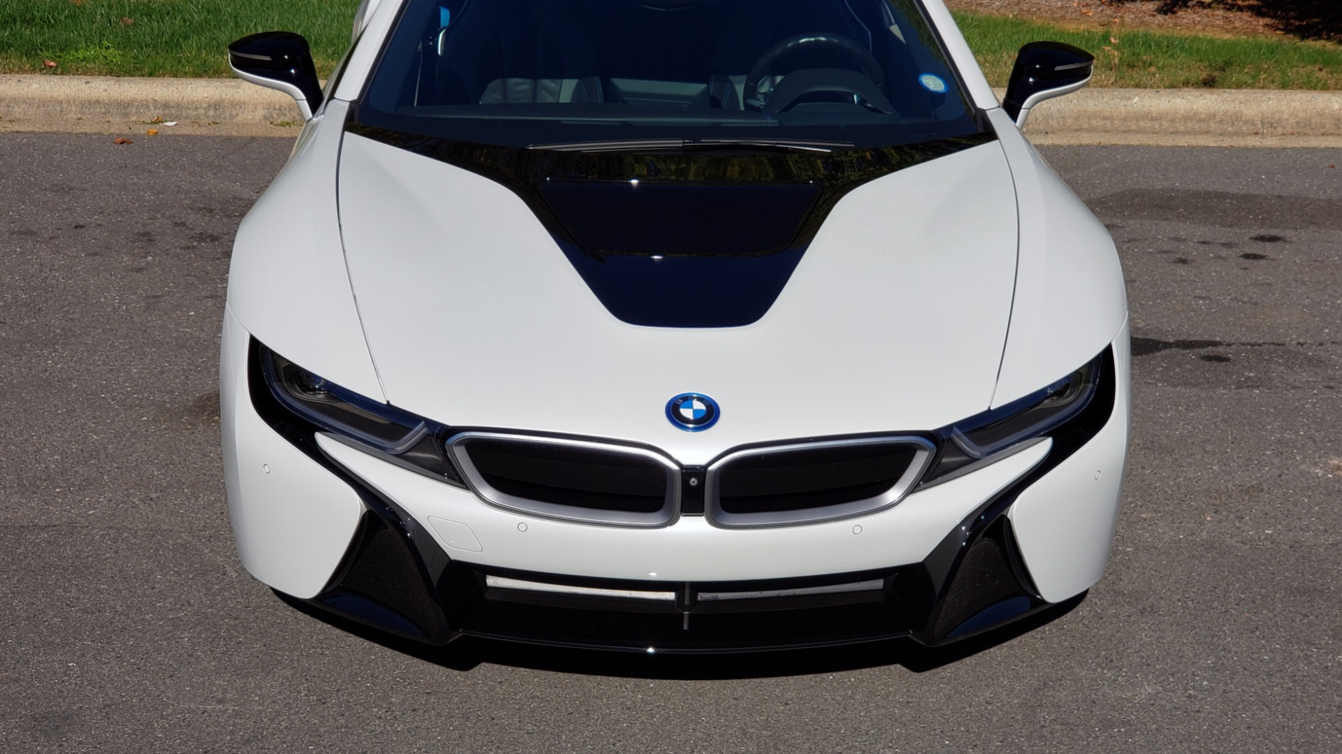 Used 2014 BMW i8 COUPE / TERA WORLD / NAV / CARBON FIBER ROOF / REARVIEW for sale Sold at Formula Imports in Charlotte NC 28227 13