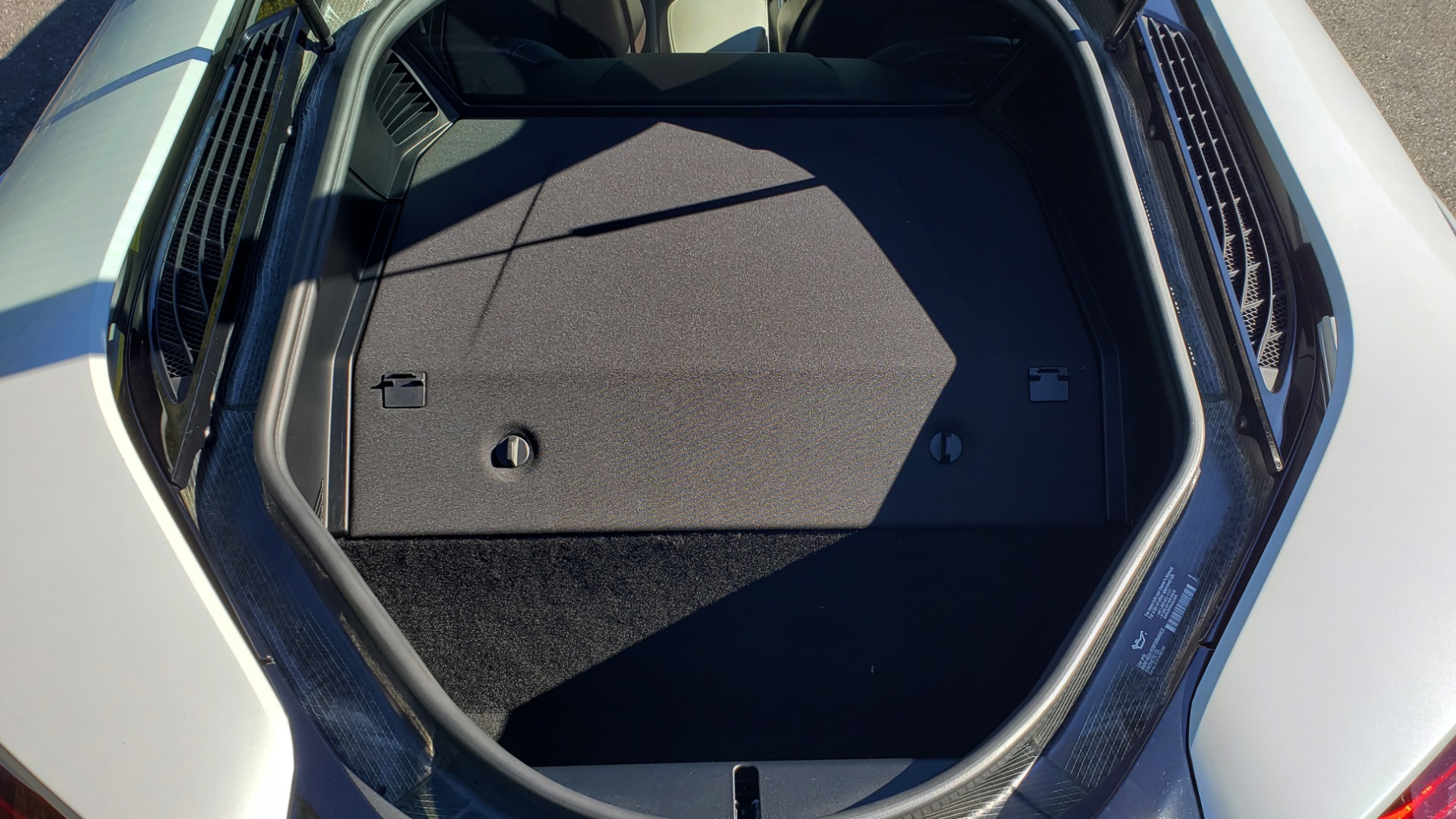 Used 2014 BMW i8 COUPE / TERA WORLD / NAV / CARBON FIBER ROOF / REARVIEW for sale Sold at Formula Imports in Charlotte NC 28227 17