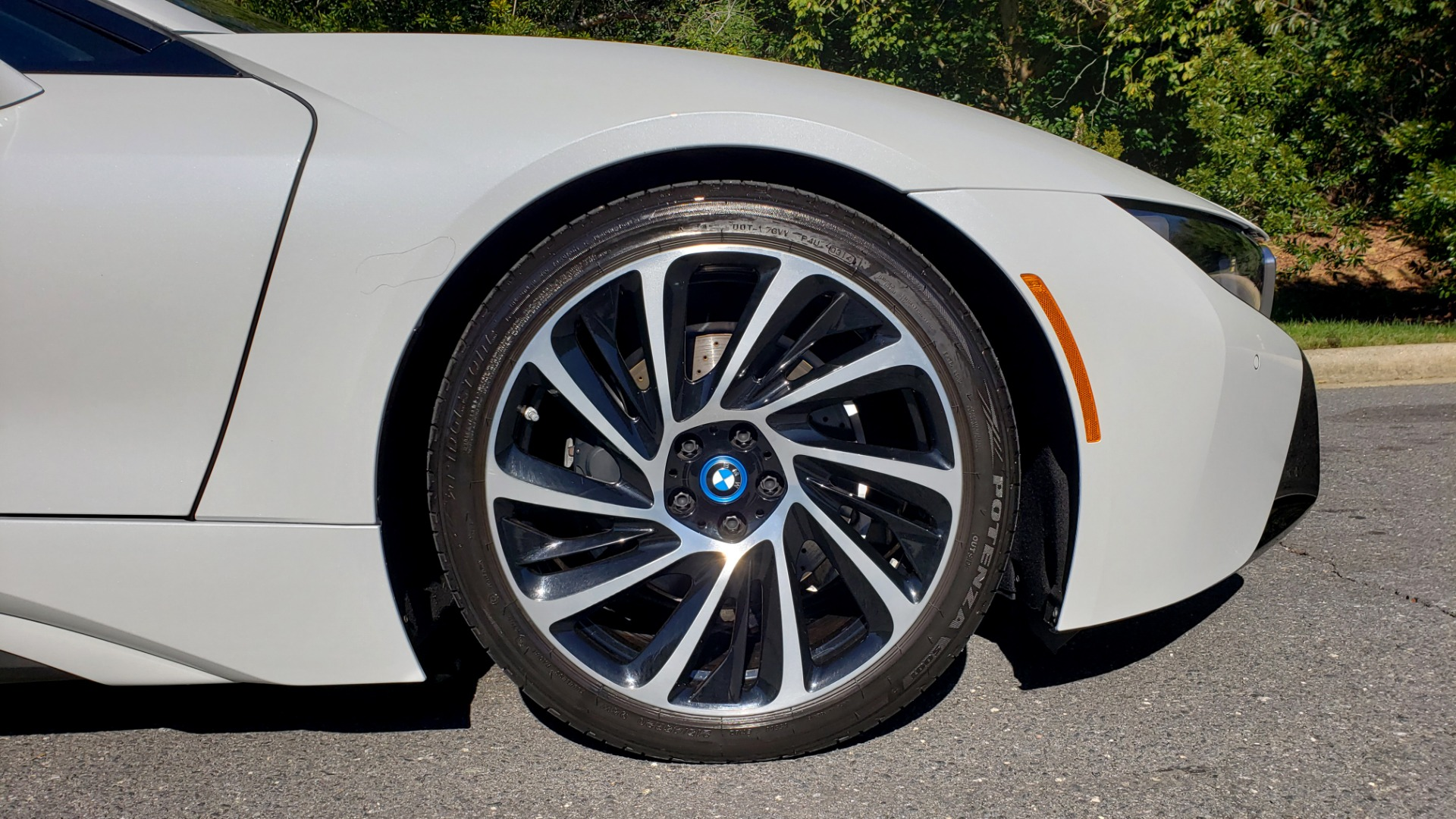 Used 2014 BMW i8 COUPE / TERA WORLD / NAV / CARBON FIBER ROOF / REARVIEW for sale Sold at Formula Imports in Charlotte NC 28227 69