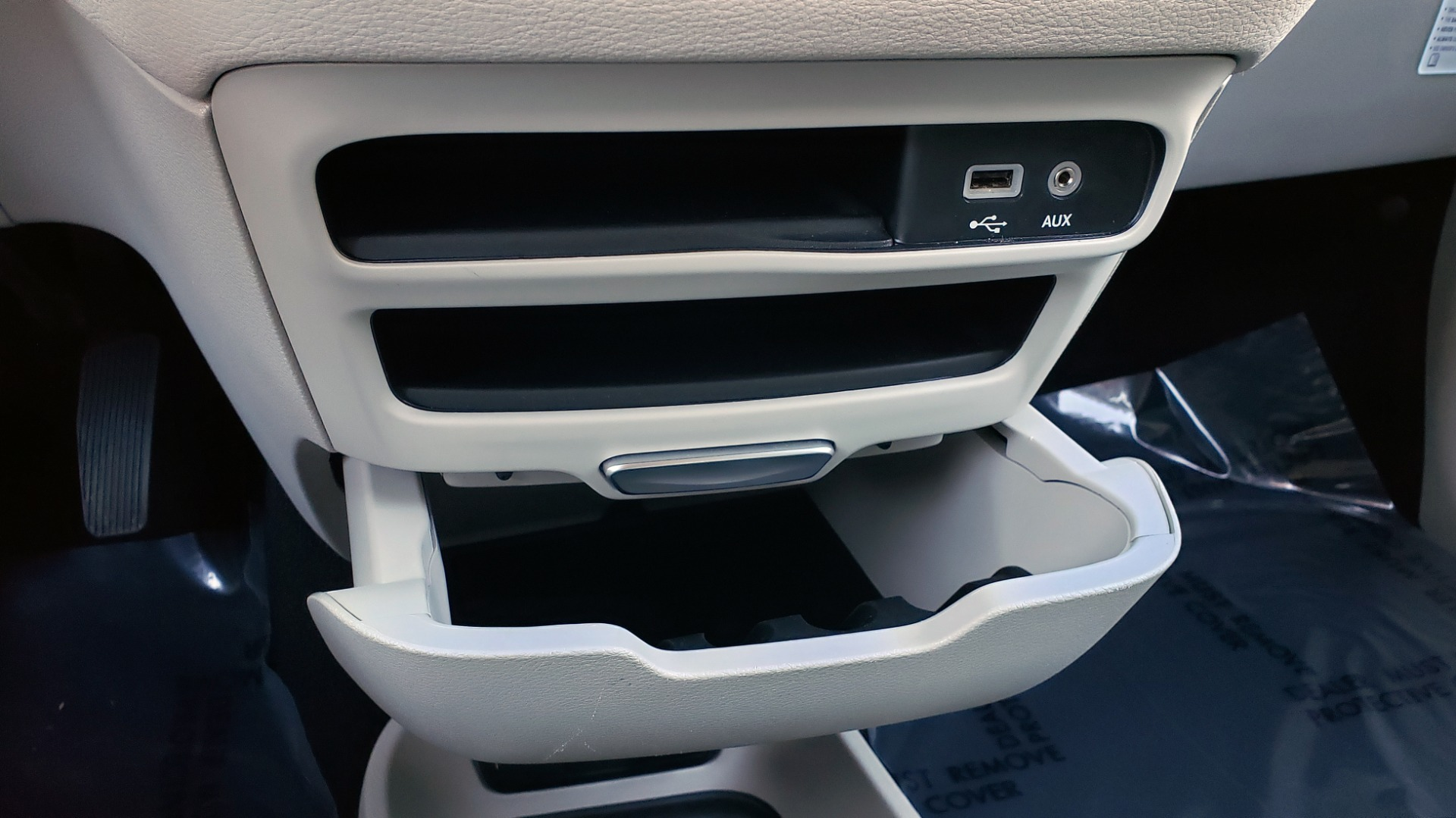 Used 2018 Chrysler PACIFICA LIMITED / 3.6L V6 / NAV / PANO-ROOF / 3-ROWS / REARVIEW for sale Sold at Formula Imports in Charlotte NC 28227 55
