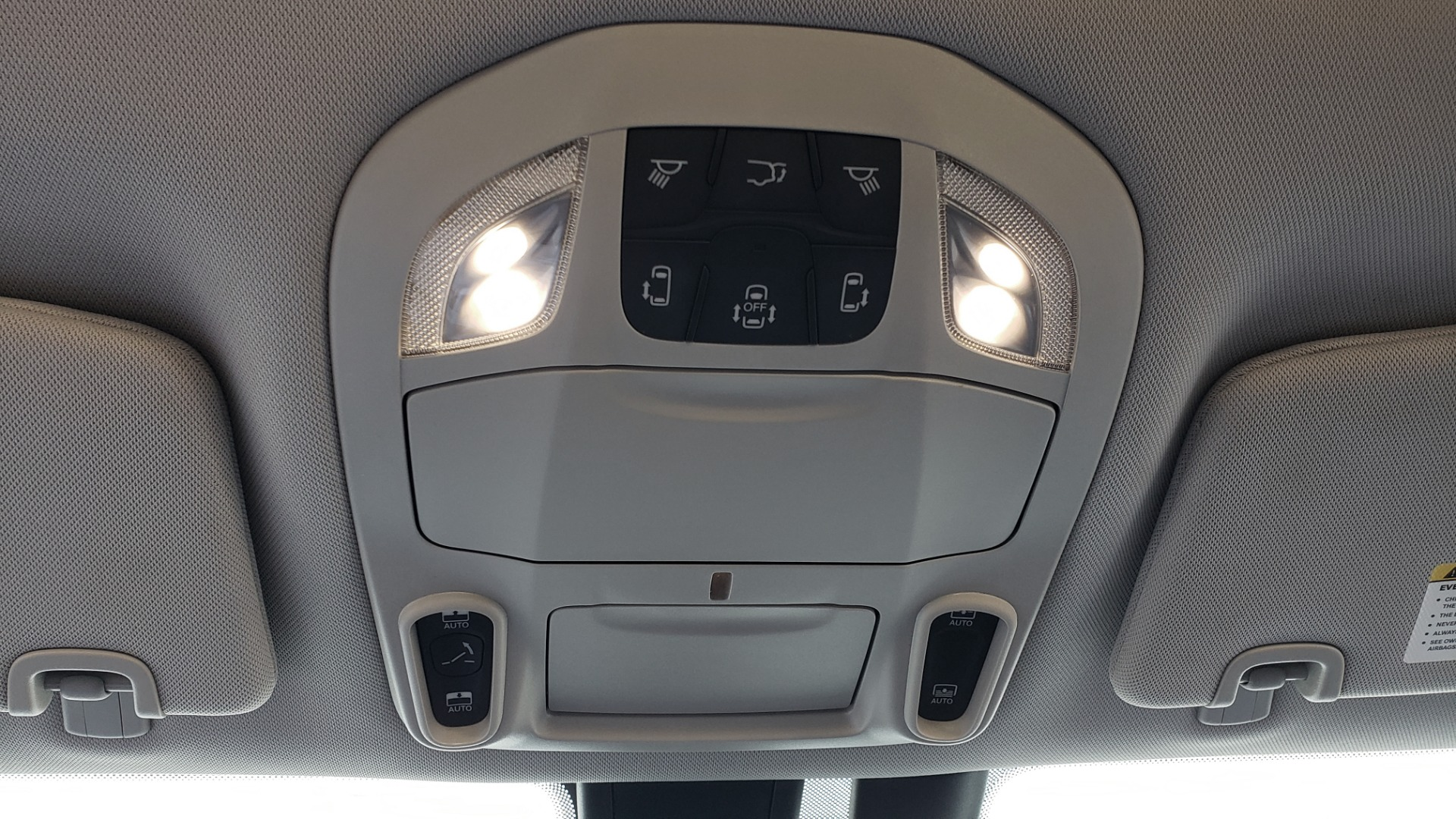 Used 2018 Chrysler PACIFICA LIMITED / 3.6L V6 / NAV / PANO-ROOF / 3-ROWS / REARVIEW for sale Sold at Formula Imports in Charlotte NC 28227 62