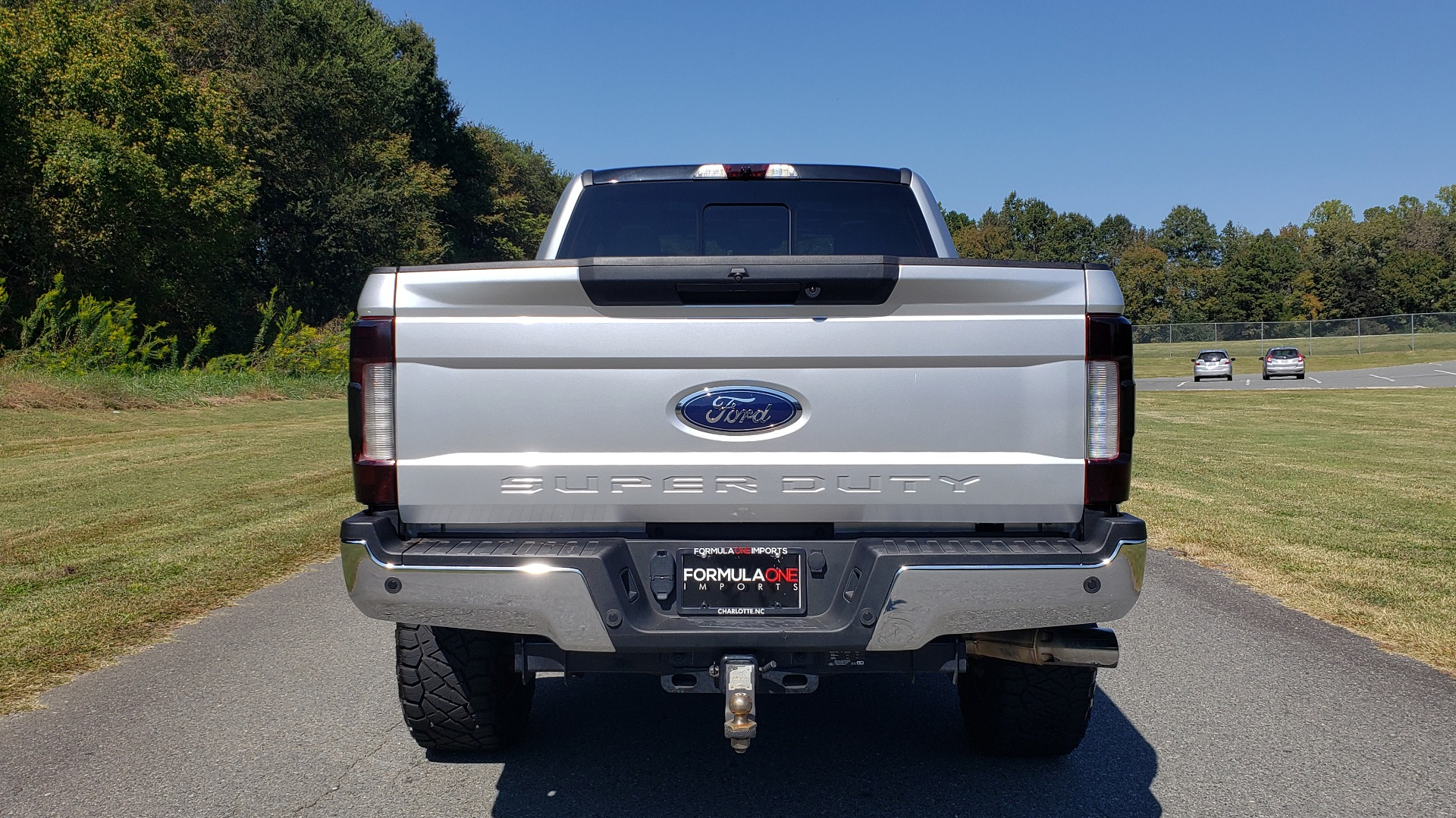 Used 2019 Ford SUPER DUTY F-250 SRW LARIAT 4WD / NAV / PANO-ROOF / B&O SND / REARVIEW / TAILGATE STEP for sale Sold at Formula Imports in Charlotte NC 28227 13