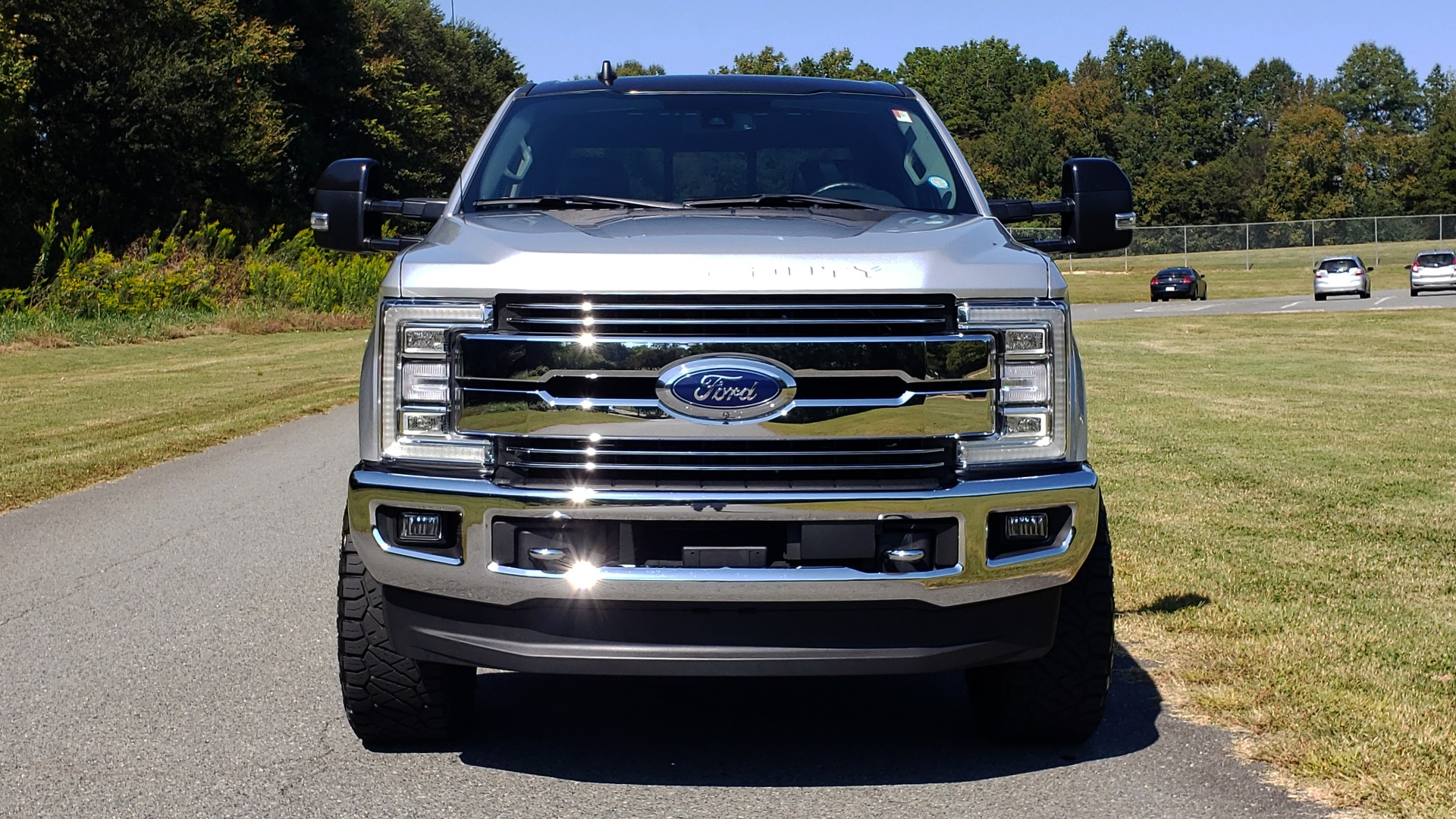 Used 2019 Ford SUPER DUTY F-250 SRW LARIAT 4WD / NAV / PANO-ROOF / B&O SND / REARVIEW / TAILGATE STEP for sale Sold at Formula Imports in Charlotte NC 28227 31
