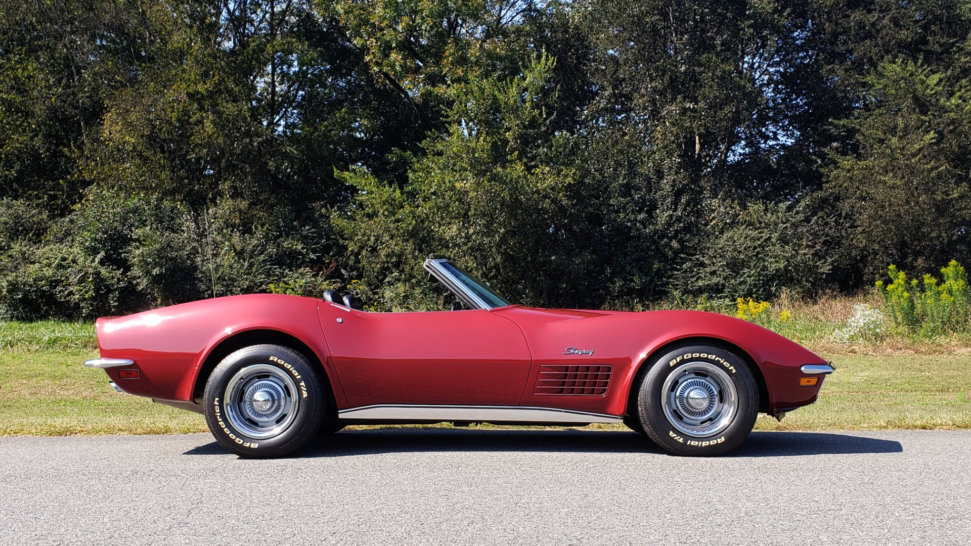 Used 1970 Chevrolet CORVETTE CONVERTIBLE / 454CI V8 / AUTO / NEW BLACK TOP / NUMBERS MATCH for sale $50,499 at Formula Imports in Charlotte NC 28227 13