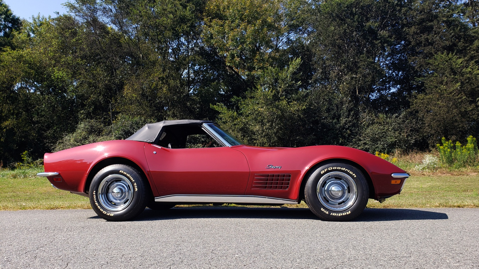 Used 1970 Chevrolet CORVETTE CONVERTIBLE / 454CI V8 / AUTO / NEW BLACK TOP / NUMBERS MATCH for sale $50,499 at Formula Imports in Charlotte NC 28227 14