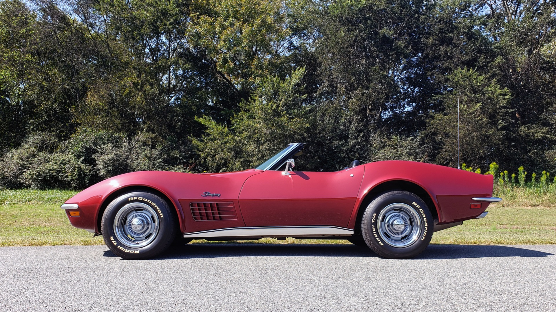 Used 1970 Chevrolet CORVETTE CONVERTIBLE / 454CI V8 / AUTO / NEW BLACK TOP / NUMBERS MATCH for sale $50,499 at Formula Imports in Charlotte NC 28227 5